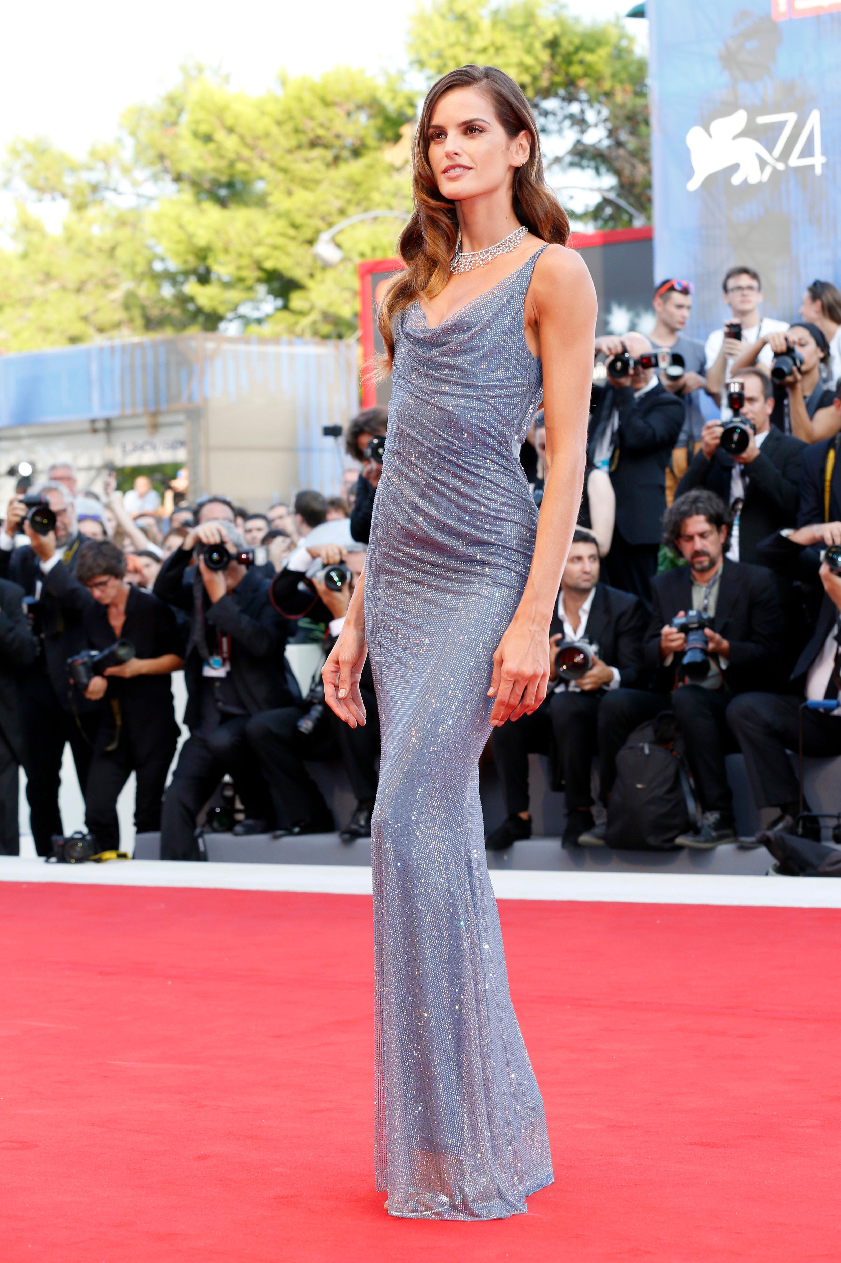 VENICE, ITALY - AUGUST 30: Izabel Goulart arrives at the 'Downsizing' premiere and Opening of the 74th Venice Film Festival at the Palazzo del Cinema on August 30, 2017 in Venice, Italy.  (Photo by John Rasimus)   ***FRANCE, SWEDEN, NORWAY, DENARK, FINLAND, USA, CZECH REPUBLIC, SOUTH AMERICA ONLY***/insight media, Image: 347758420, License: Rights-managed, Restrictions: , Model Release: no, Credit line: Profimedia, Insight Media