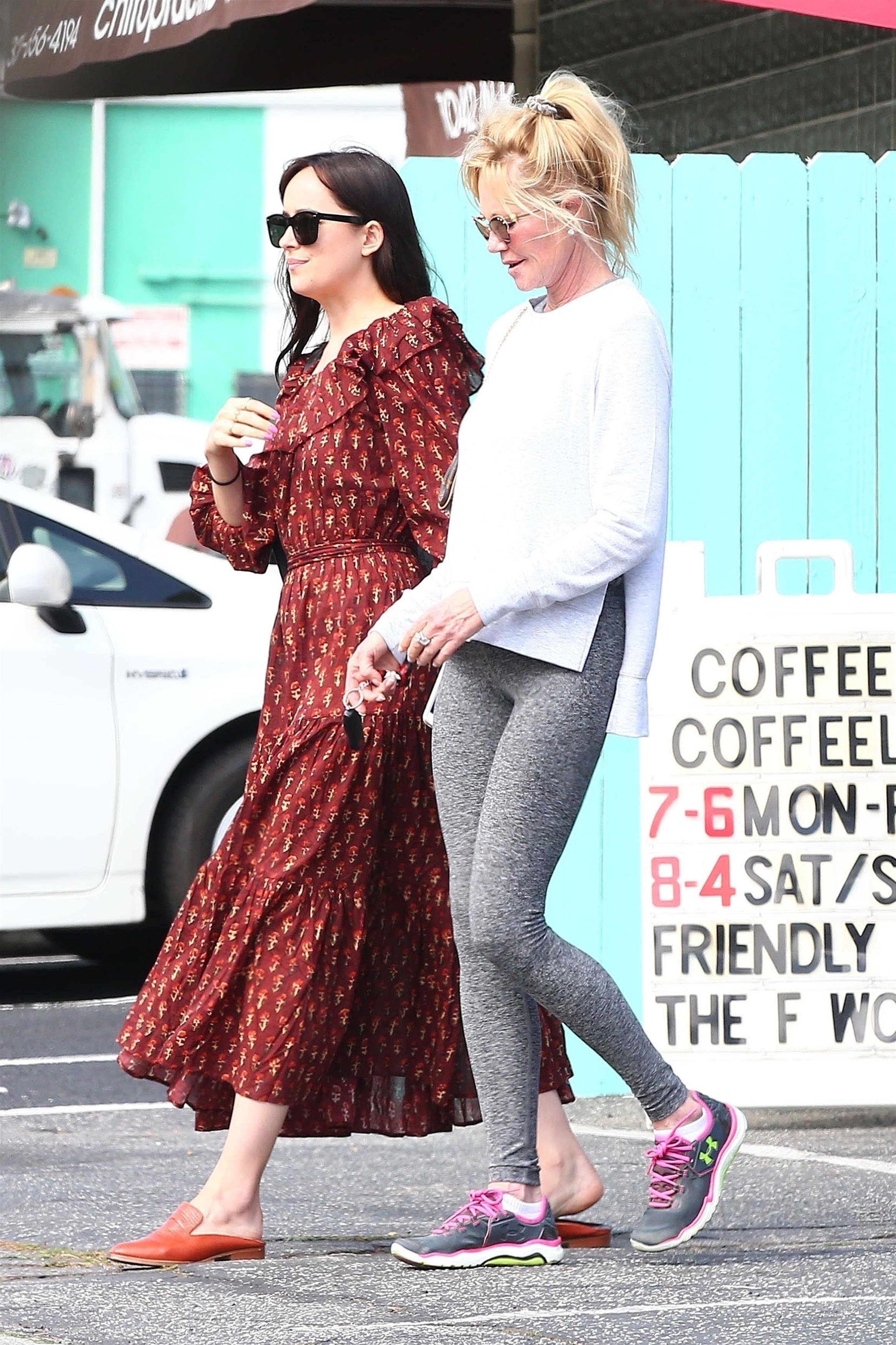 West Hollywood, CA  - *EXCLUSIVE*  - Actress Melanie Griffith and her daughter Dakota Johnson are spotted catching up over coffee in West Hollywood. The pair laughed and chatted before getting up giving each other a hug and kiss and heading on their way.  Pictured: Melanie Griffith, Dakota Johnson  BACKGRID USA 14 SEPTEMBER 2017, Image: 349403700, License: Rights-managed, Restrictions: , Model Release: no, Credit line: Profimedia, AKM-GSI