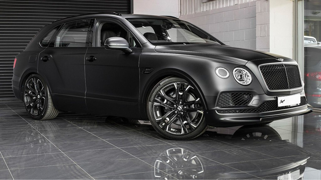 Kahn-Automobiles-goes-black-on-Bentley-Bentayga-for-LeMans-Edition-5-1024x576