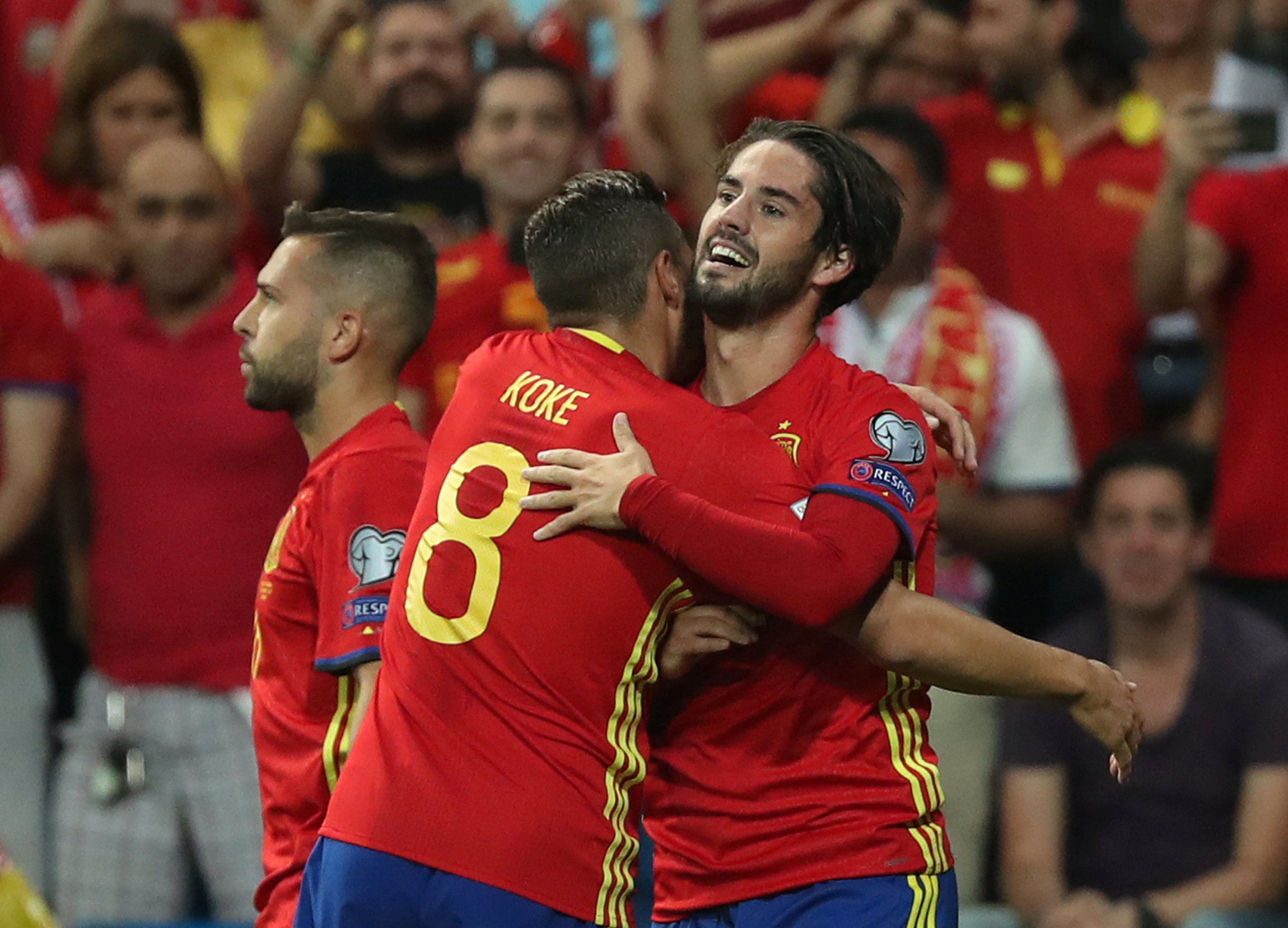 Soccer Football - 2018 World Cup Qualifications - Europe - Spain vs Italy - Madrid, Spain - September 2, 2017   Spain's Isco celebrates scoring their first goal with Koke    REUTERS/Susana Vera