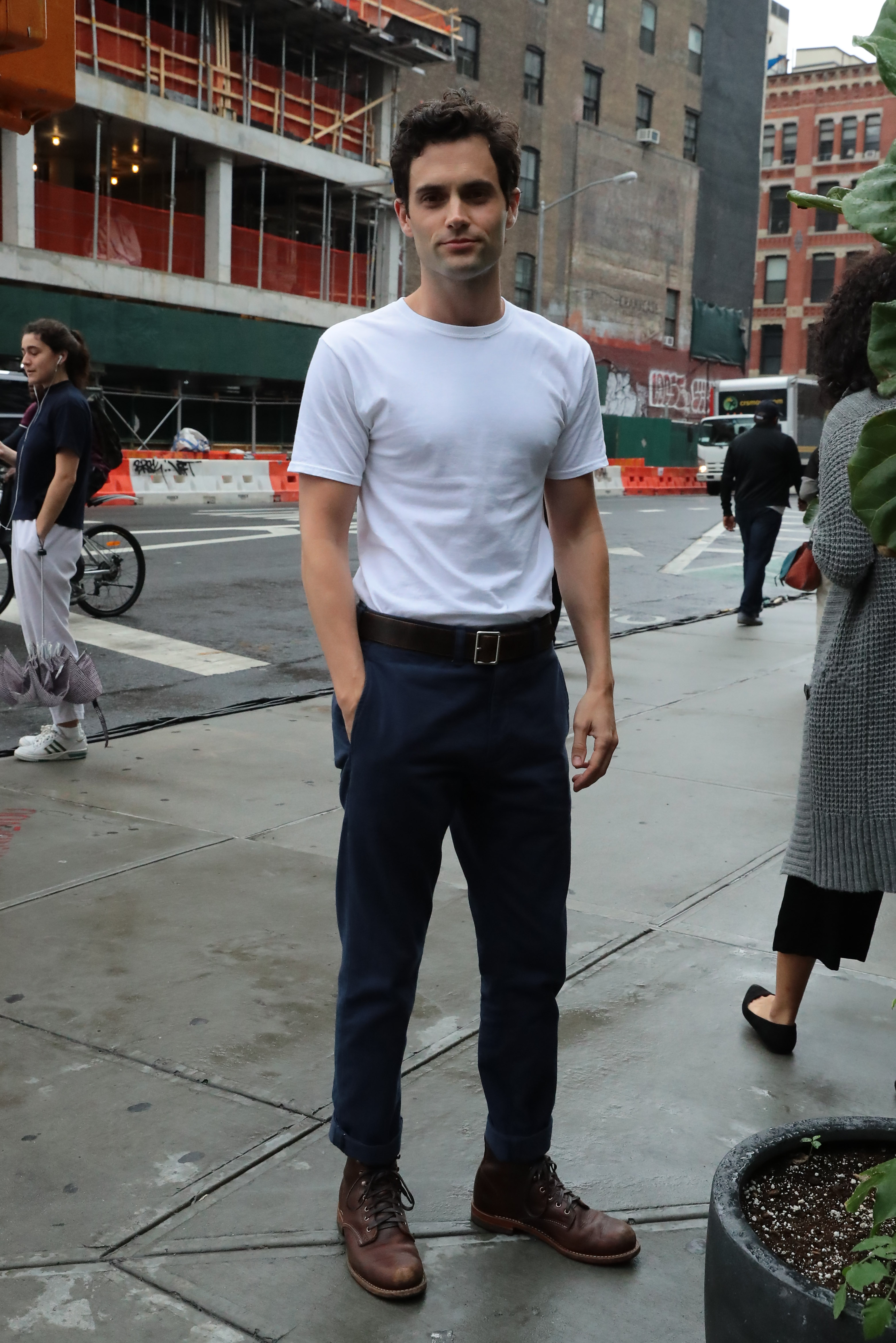 Penn Badgley seen out and about in New York City. <P> Pictured: Penn Badgley <B>Ref: SPL1569406  060917  </B><BR/> Picture by: NIGNY / Splash News<BR/> </P><P> <B>Splash News and Pictures</B><BR/> Los Angeles:310-821-2666<BR/> New York:212-619-2666<BR/> London:870-934-2666<BR/> <span id=