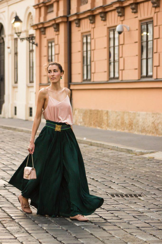 Suknja hlače od viskoze i poliestera (1500 kn, Blackpearl by Sara Lončarić)