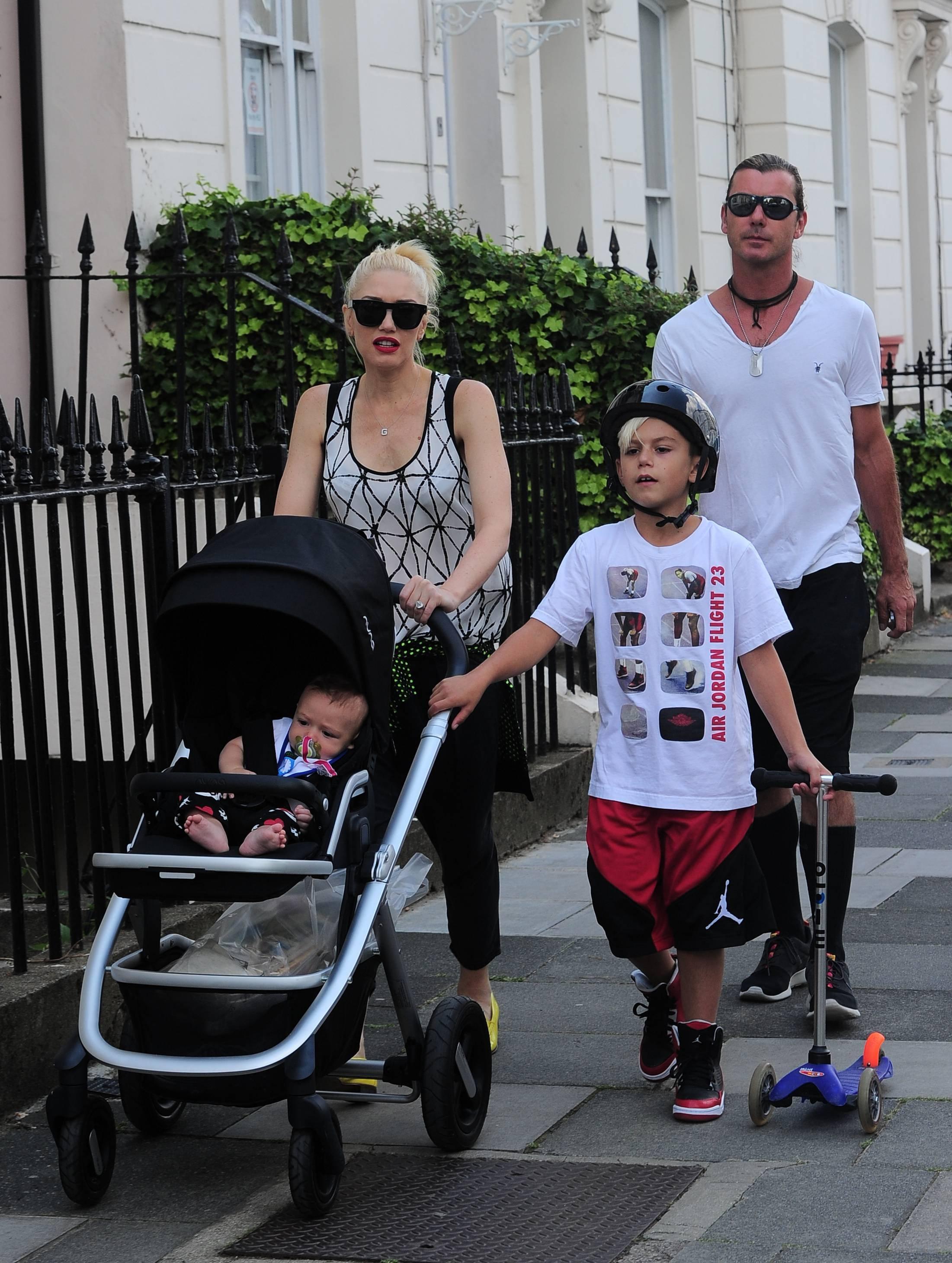 Gavin s bivšom suprugom Gwen i sinovima prije pet godina kad su još bili sretna obitelj