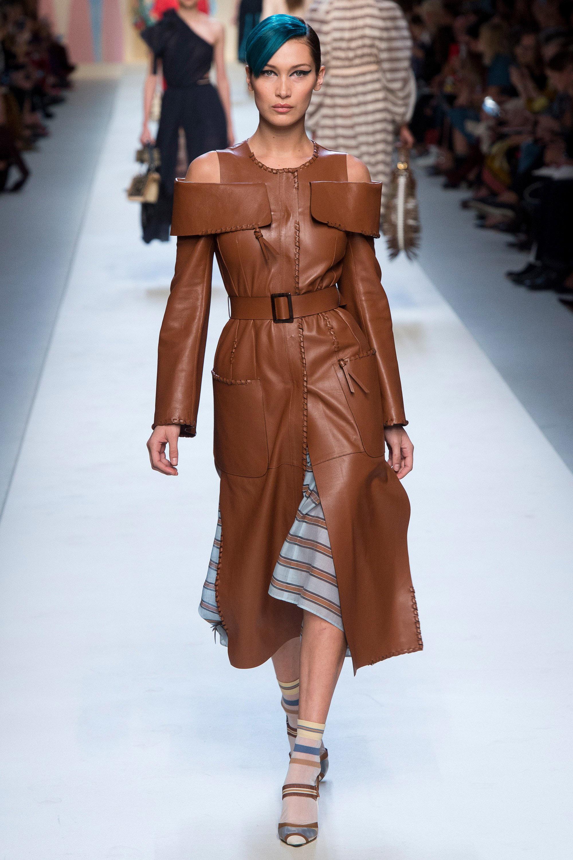 MFW-FENDI Runway - Milan Fashion Week Spring/Summer 2018 MFW-  Models Kendall Jenenr, Gigi Hadid, Bella Hadid, Kaia Gerber the Runway to Moschino <P> Pictured: Bella Hadid <B>Ref: SPL1585260  220917  </B><BR/> Picture by:  / Splash News<BR/> </P><P> <B>Splash News and Pictures</B><BR/> Los Angeles:310-821-2666<BR/> New York:212-619-2666<BR/> London:870-934-2666<BR/> <span id=