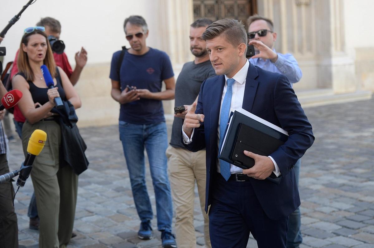 Ministar financija Zdravko Marić