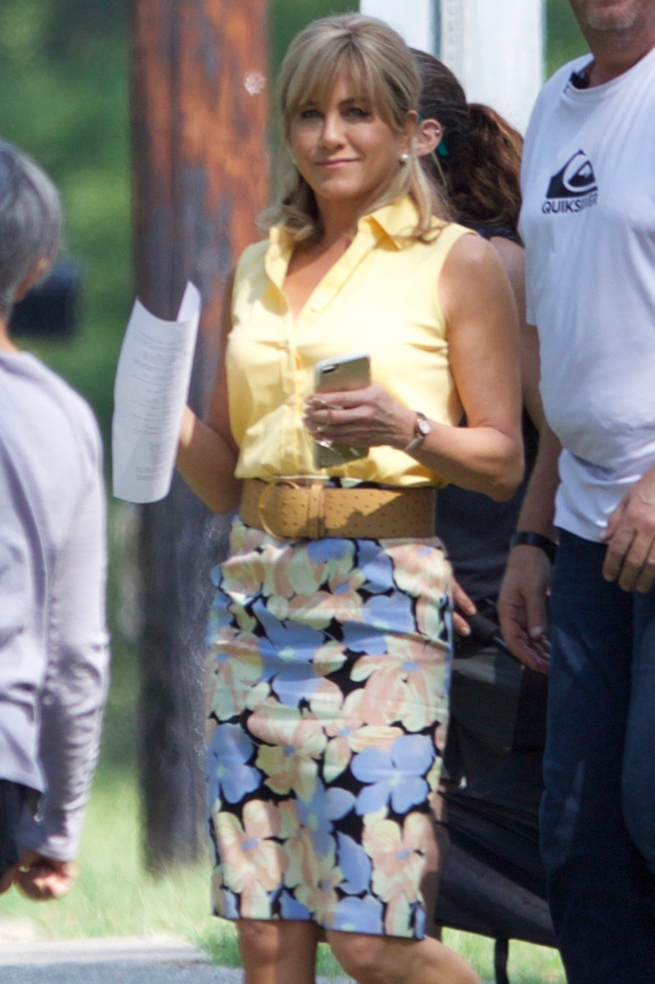 Jonesboro, GA  - *EXCLUSIVE* Jennifer Aniston smiles for the camera as she arrives on the set of 'Dumplin' in Jonesboro, Georgia. Dumplin' is a story of a girl named Willowdean Dickson with the nickname Dumplin, who enters a beauty pageant in order to win over the boy she likes and stick it to the other girls at school. Aniston plays the role of Willowdean Dickson's mother, Rosie Dickson.  Pictured: Jennifer Aniston  BACKGRID USA 6 SEPTEMBER 2017   USA: +1 310 798 9111 / usasales@backgrid.com  UK: +44 208 344 2007 / uksales@backgrid.com  *UK Clients - Pictures Containing Children Please Pixelate Face Prior To Publication*, Image: 348562309, License: Rights-managed, Restrictions: , Model Release: no, Credit line: Profimedia, AKM-GSI