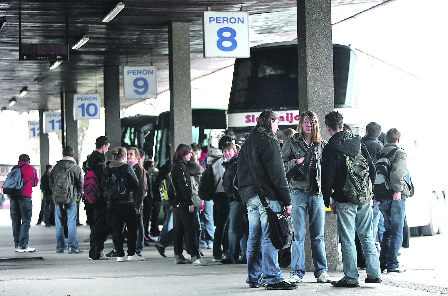 autobus-djeca-160309