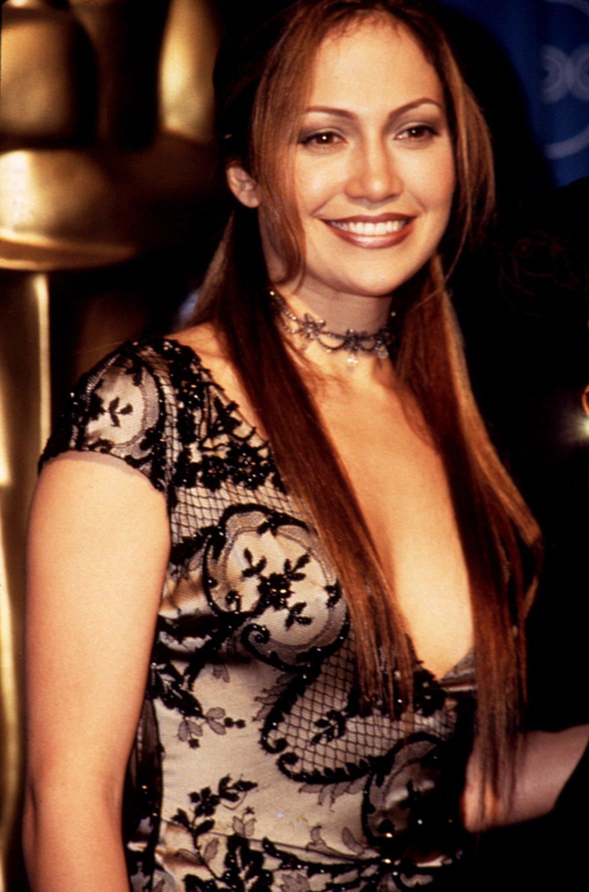 Jennifer Lopez at the Academy Awards, 1998, Image: 98333241, License: Rights-managed, Restrictions: For usage credit please use; Robert Hepler/Everett Collection, Model Release: no, Credit line: Profimedia, Everett