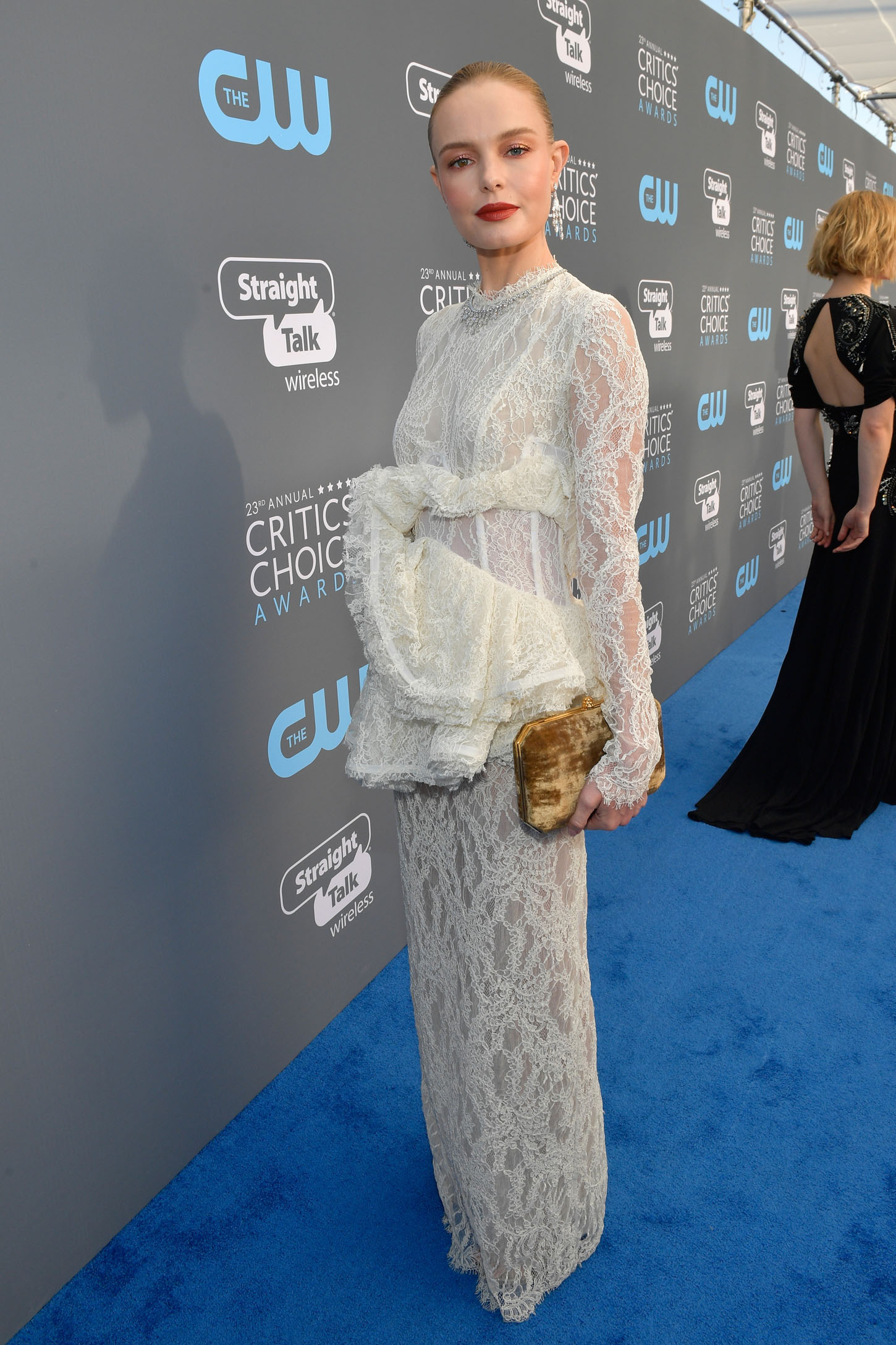 SANTA MONICA, CA - JANUARY 11:  Actor Kate Bosworth attends The 23rd Annual Critics' Choice Awards at Barker Hangar on January 11, 2018 in Santa Monica, California.  (Photo by Matt Winkelmeyer/Getty Images for The Critics' Choice Awards  )