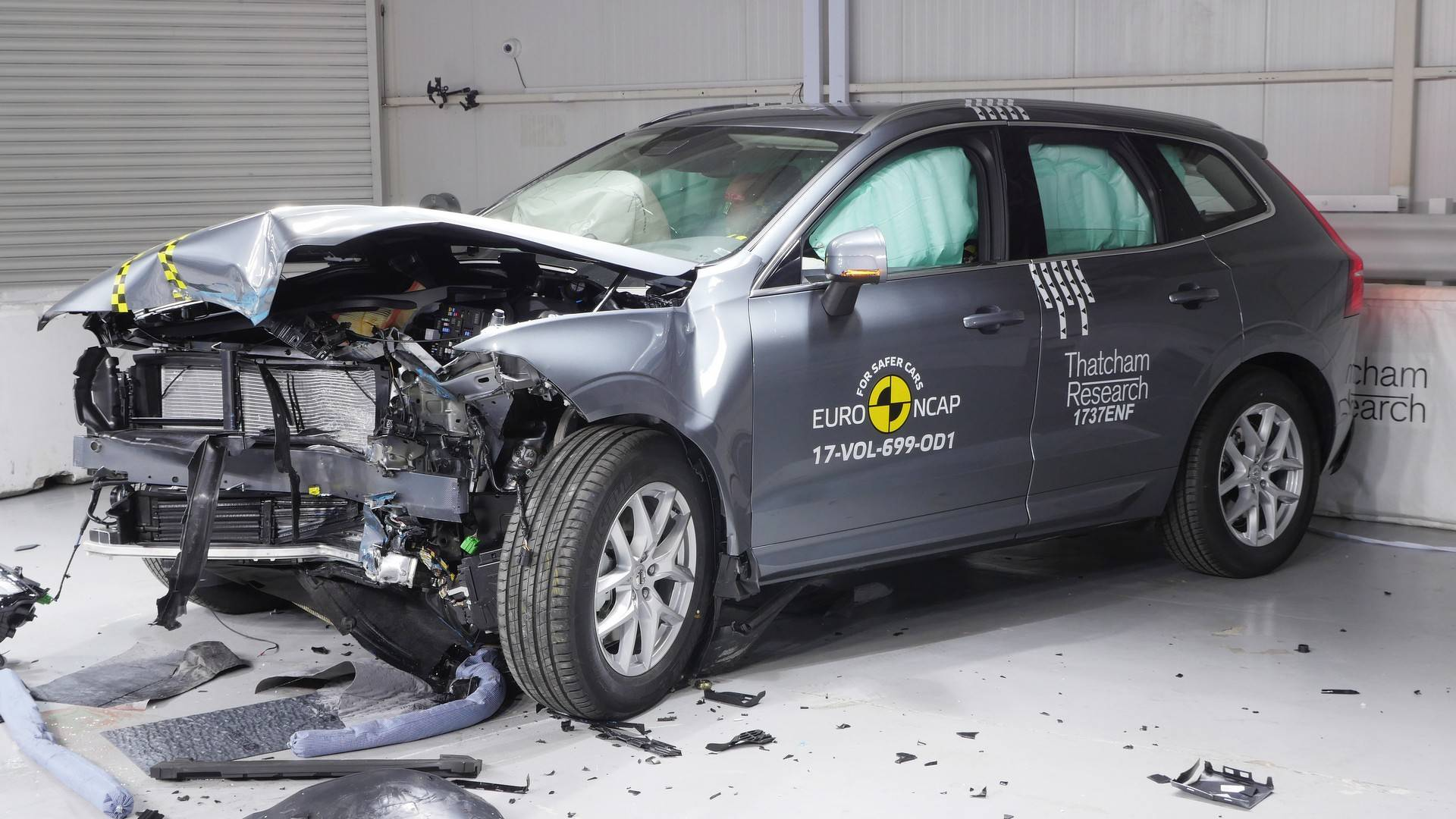 volvo-xc60-was-euro-ncap-s-safest-car-overall-tested-in-2017_7