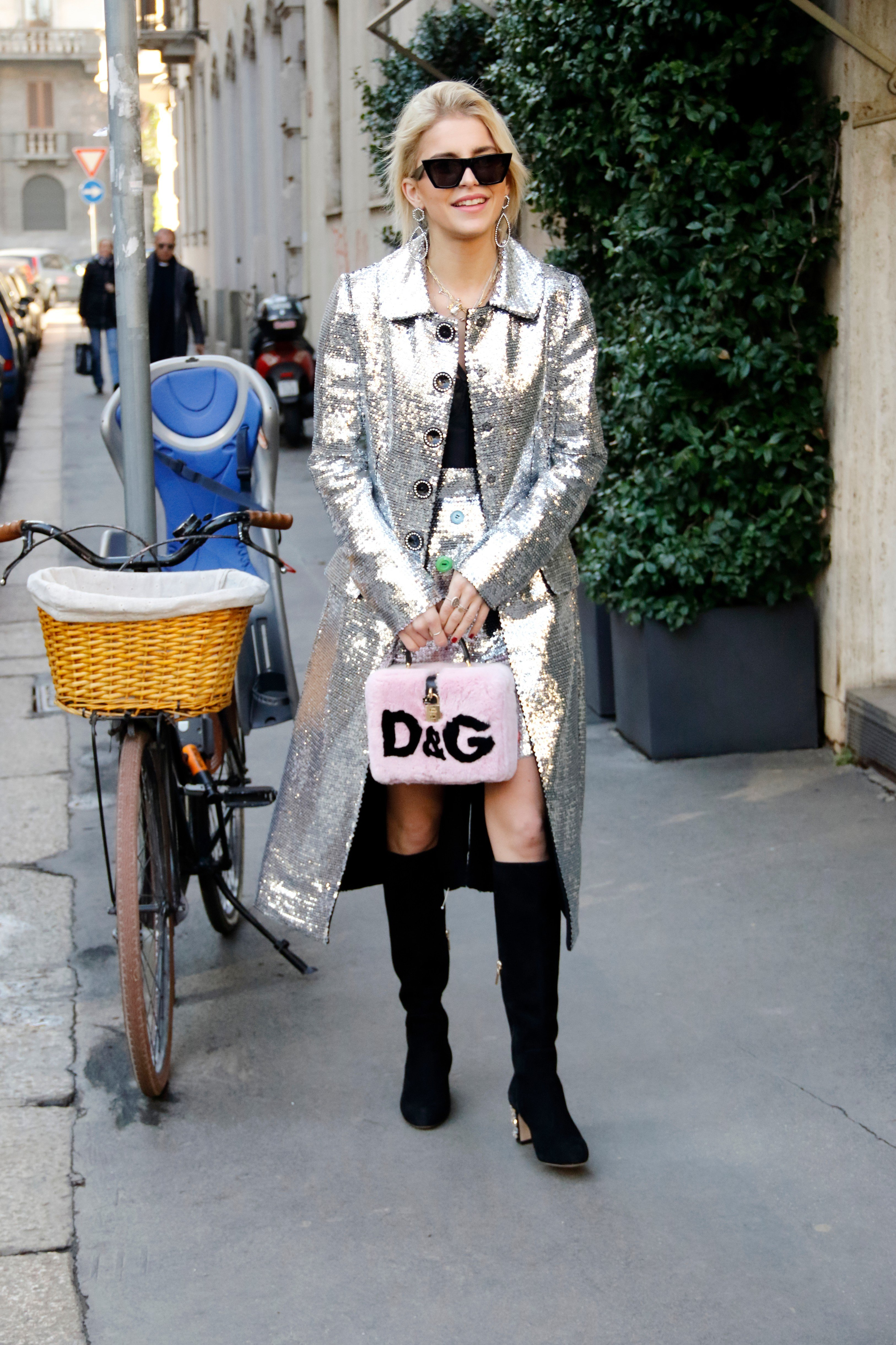 Guest arriving at Dolce e Gabbana fashion show in Milan, Italy, January 13, 2018., Image: 360101226, License: Rights-managed, Restrictions: , Model Release: no, Credit line: Profimedia, Abaca