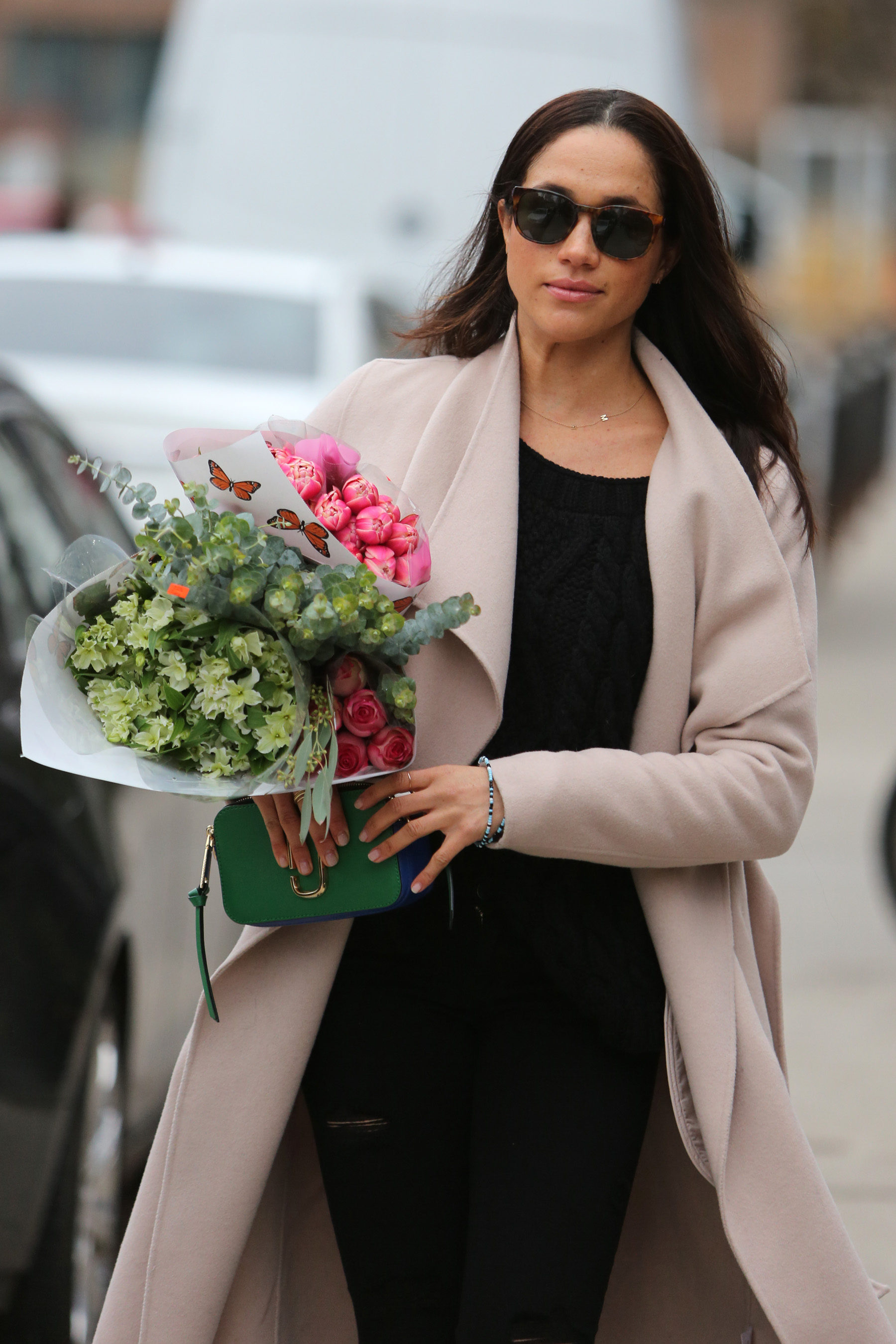 EXCLUSIVE: **PREMIUM EXCLUSIVE RATES APPLY**NO SUBSCRIPTIONS** Prince Harry's girlfriend and Suits actress, Meghan Markle is seen shopping for flowers in Toronto. Meghan, who was happy to be photographed leaving an up-market flower shop, greeted the photographers as they photographed her. The Prince is currently on his last day of a grueling tour in the Caribbean. It has been reported that Meghan is to meet Prince Harry for a vacation before Christmas. Taken December 3rd 2016 <P> Pictured: Meghan Markle <B>Ref: SPL1358694  051216   EXCLUSIVE</B><BR/> Picture by: Splash News<BR/> </P><P> <B>Splash News and Pictures</B><BR/> Los Angeles:310-821-2666<BR/> New York:212-619-2666<BR/> London:870-934-2666<BR/> <span id=