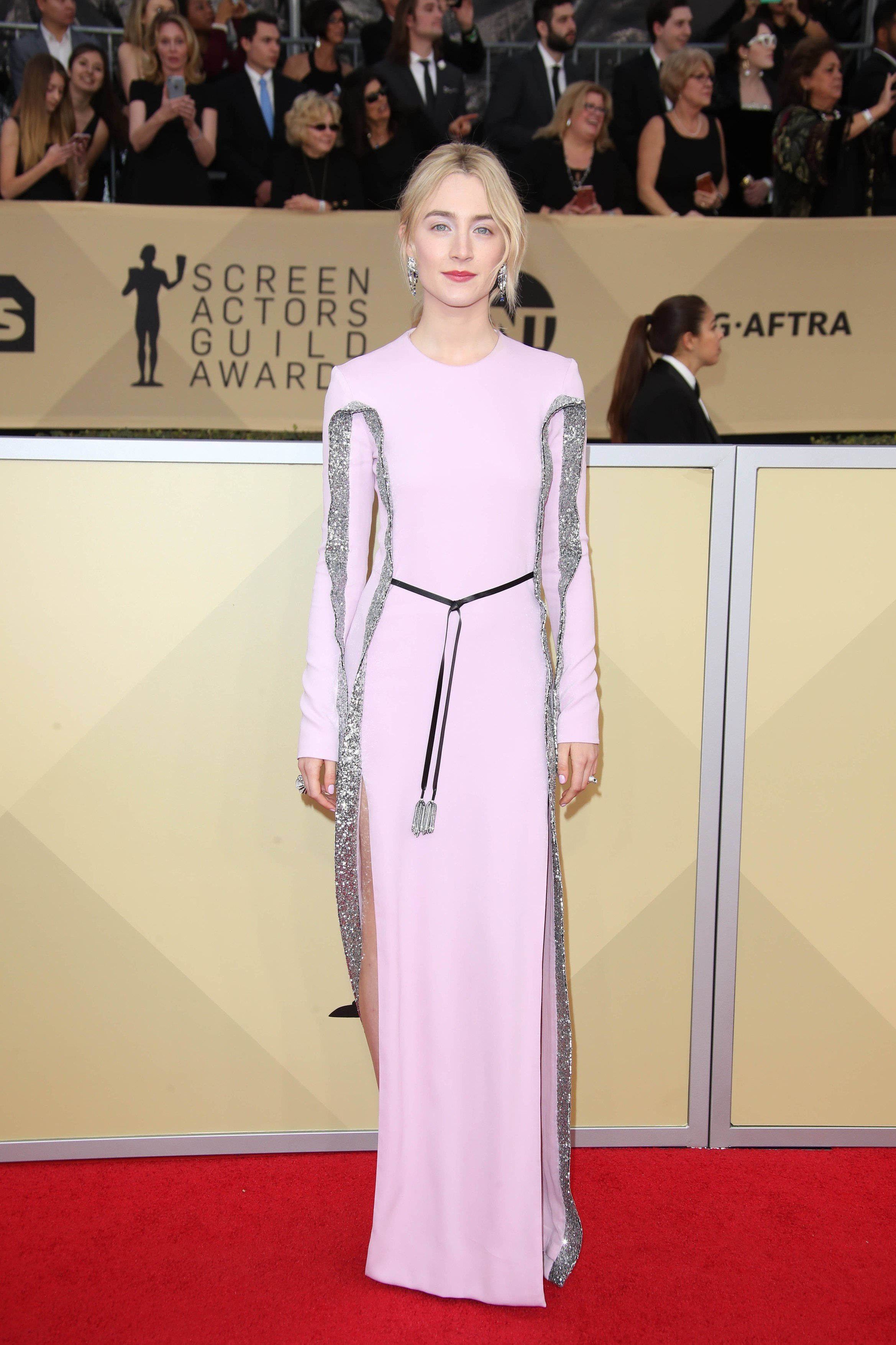 Jan 21, 2018; Los Angeles, CA, USA; Saoirse Ronan arrives at the 24th annual Screen Actors Guild Awards at the Shrine Auditorium., Image: 360902298, License: Rights-managed, Restrictions: *** World Rights *** No Tabloids ***, Model Release: no, Credit line: Profimedia, SIPA USA