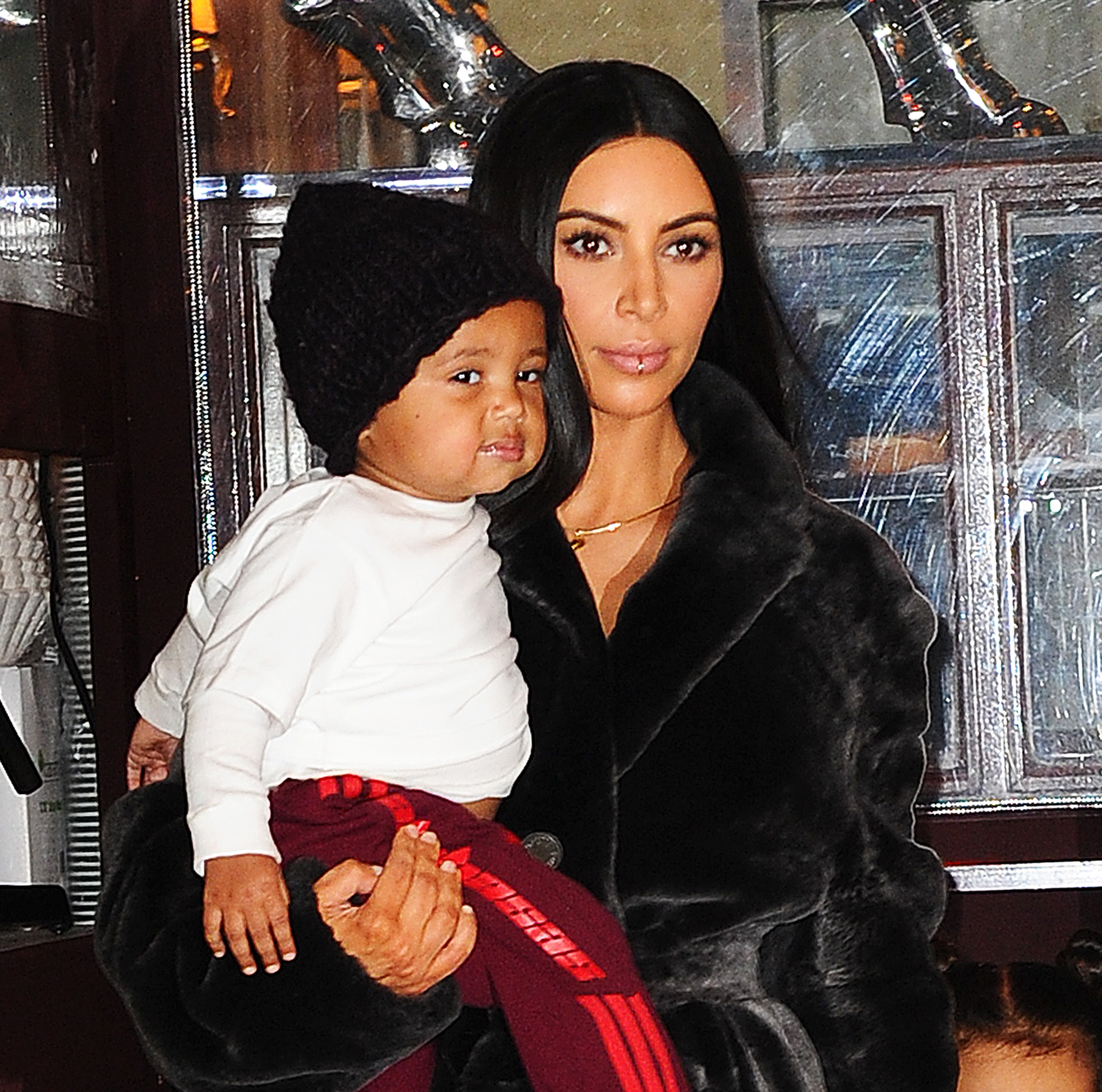 Kim Kardashian carries Saint West  as she heads to lunch at Cipriani in NYC <P> Pictured: Kim Kardashian West <B>Ref: SPL1433331  010217  </B><BR/> Picture by: Jawad Elatab / Splash News<BR/> </P><P> <B>Splash News and Pictures</B><BR/> Los Angeles:310-821-2666<BR/> New York:212-619-2666<BR/> London:870-934-2666<BR/> <span id=