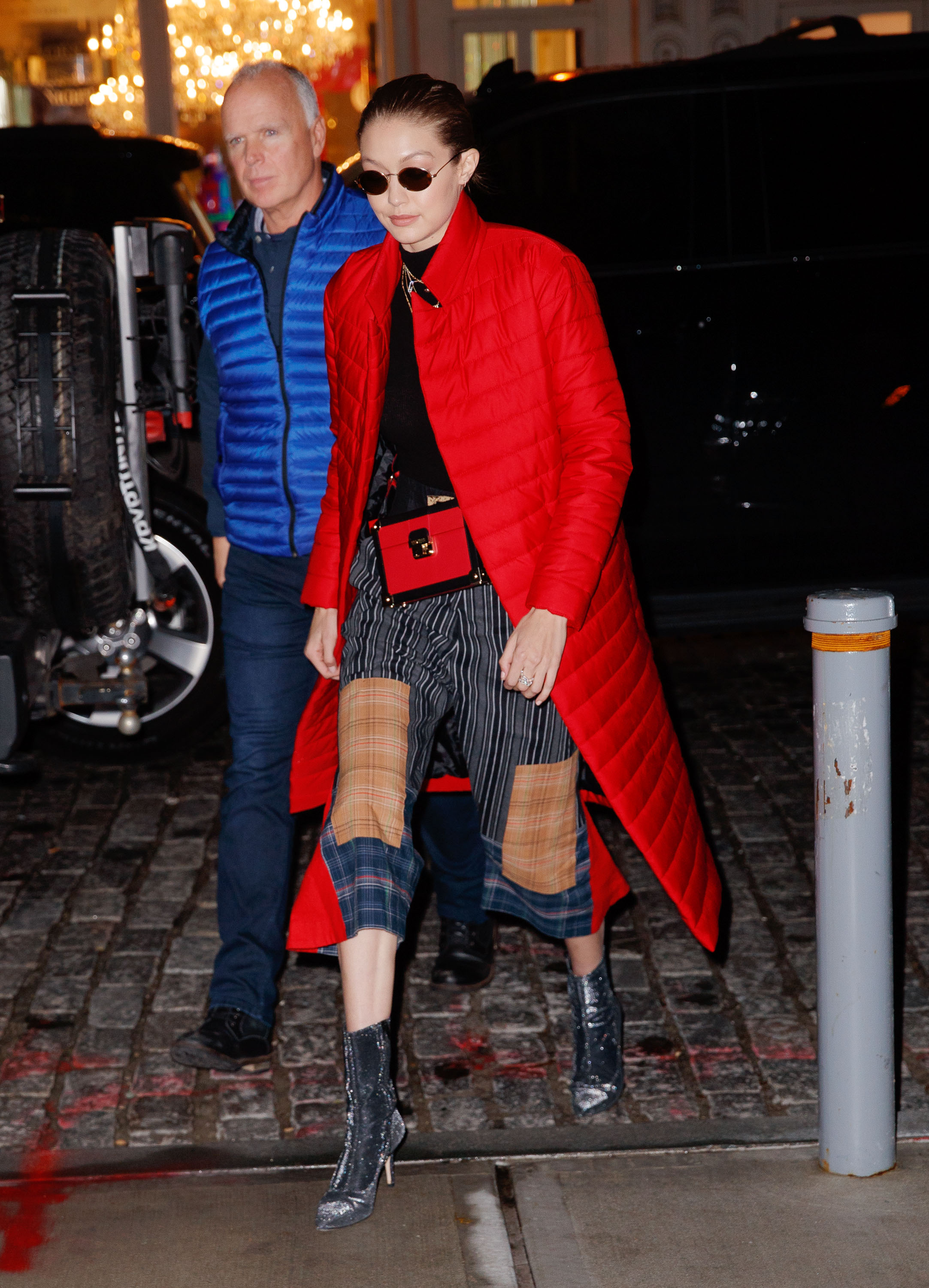 Gigi Hadid looks chic in a red puffy jacket in New York <P> Pictured: Gigi Hadid <B>Ref: SPL1649350  230118  </B><BR/> Picture by: Jackson Lee / Splash News<BR/> </P><P> <B>Splash News and Pictures</B><BR/> Los Angeles:310-821-2666<BR/> New York:212-619-2666<BR/> London:870-934-2666<BR/> <span id=