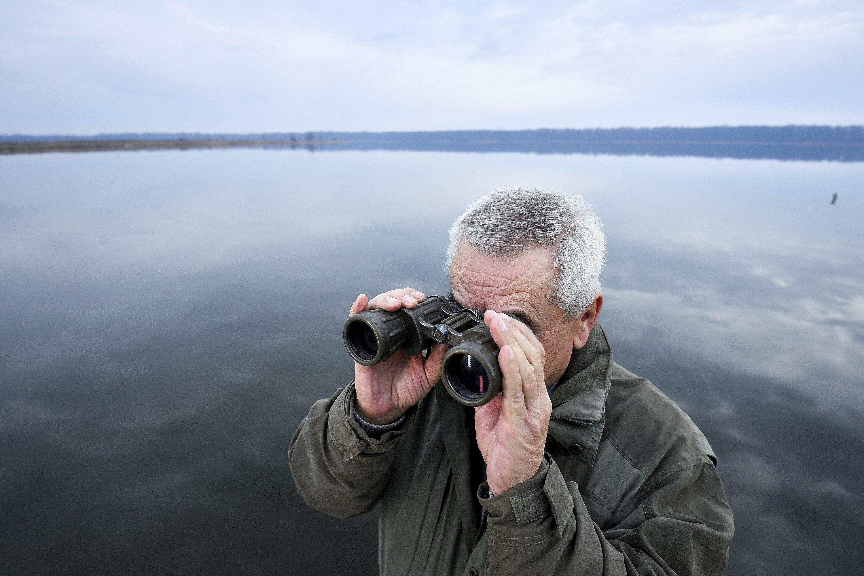 Jastrebarsko, 230118. Reportaza o kormoranima koji obitavaju na ribnjacima u sklopu ornitoloskog rezervata Crna Mlaka. Na fotografiji: vlasnik ribnjaka Ivan Prepolec. Foto: Boris Kovacev / CROPIX
