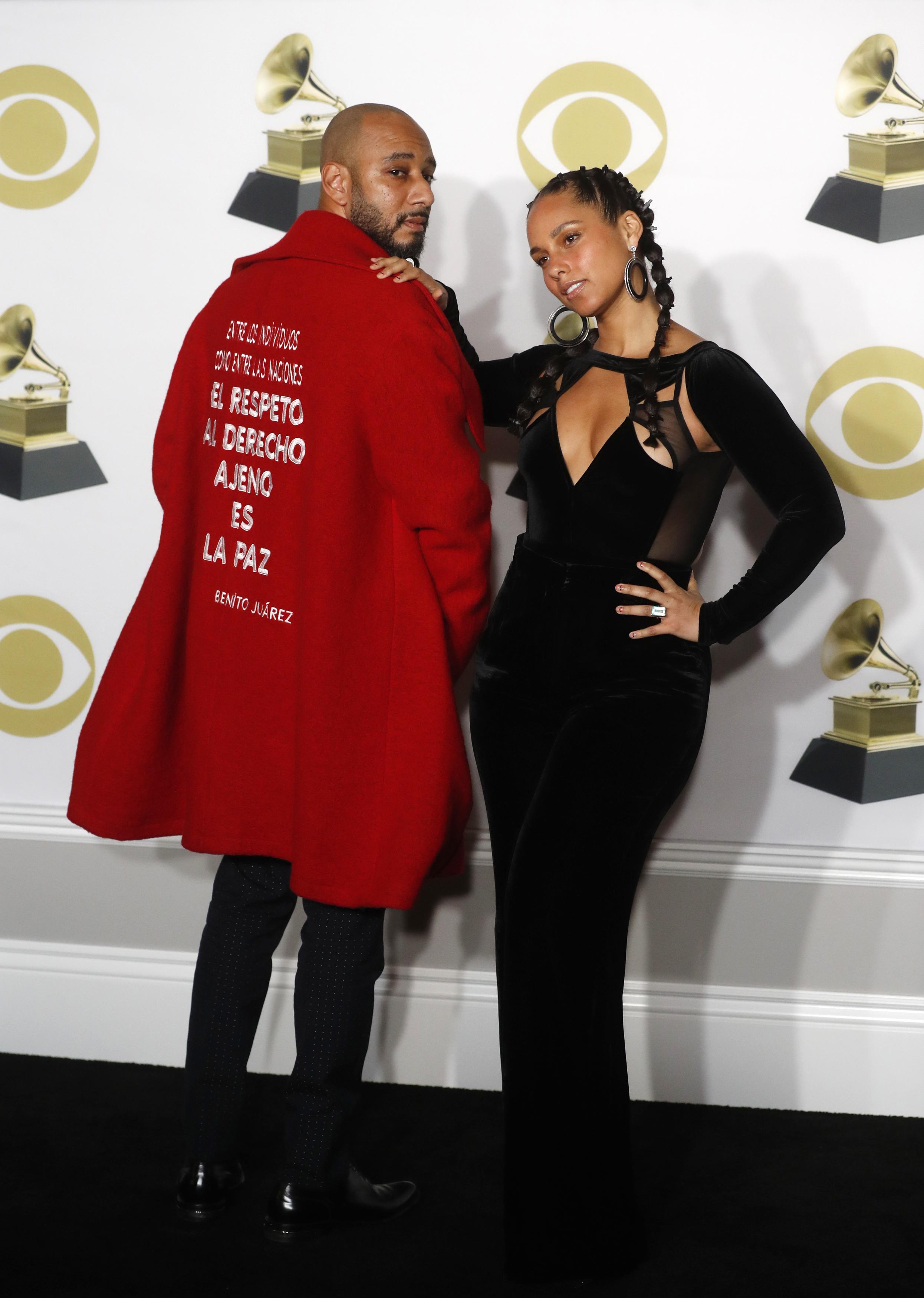60th Annual Grammy Awards  Photo Room  New York, U.S., 28/01/2018  Swizz Beatz and Alicia Keys. REUTERS/Carlo Allegri - HP1EE1T06Y6DX