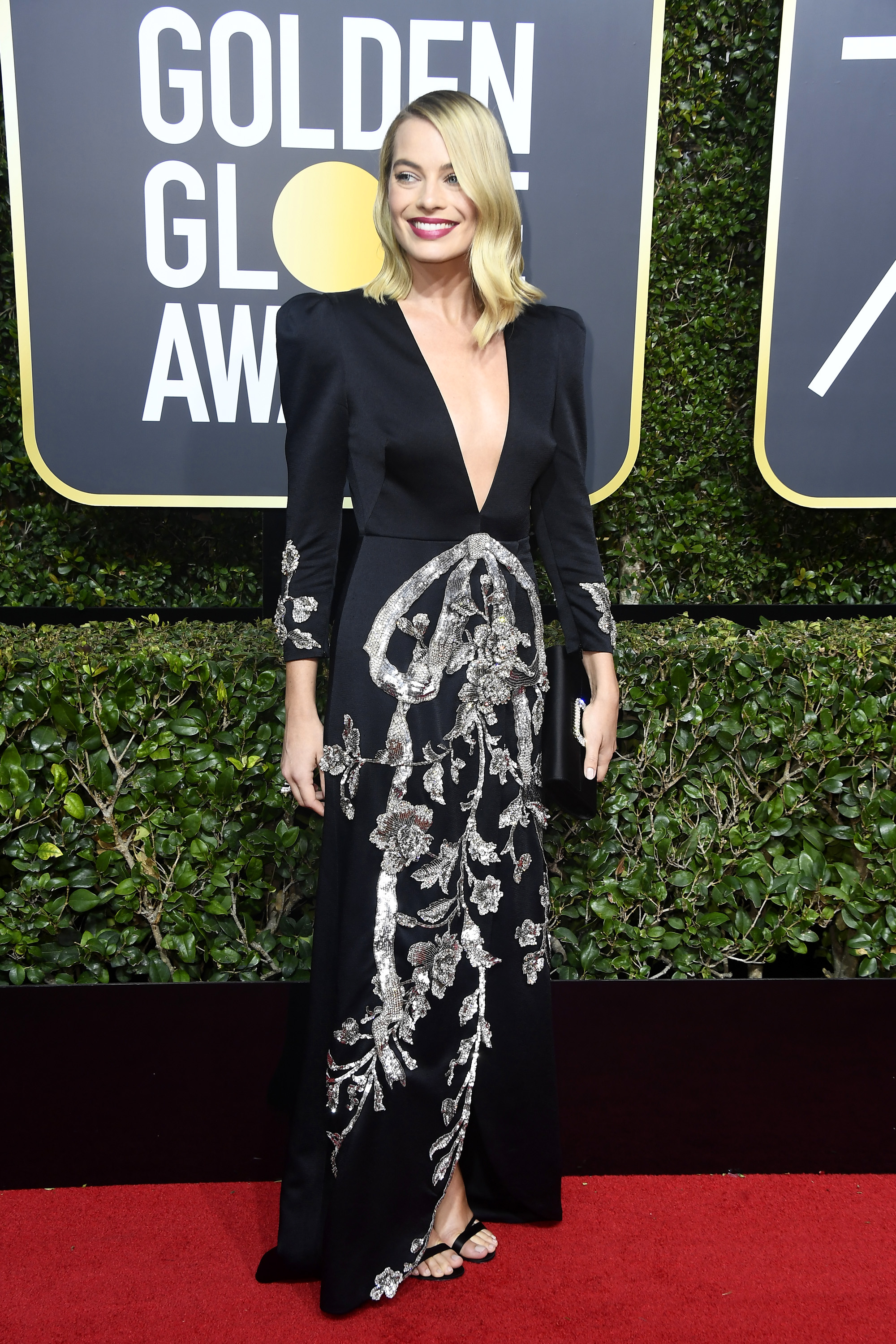 BEVERLY HILLS, CA - JANUARY 07:  Actor Margot Robbie attends The 75th Annual Golden Globe Awards at The Beverly Hilton Hotel on January 7, 2018 in Beverly Hills, California.  (Photo by Frazer Harrison/Getty Images)