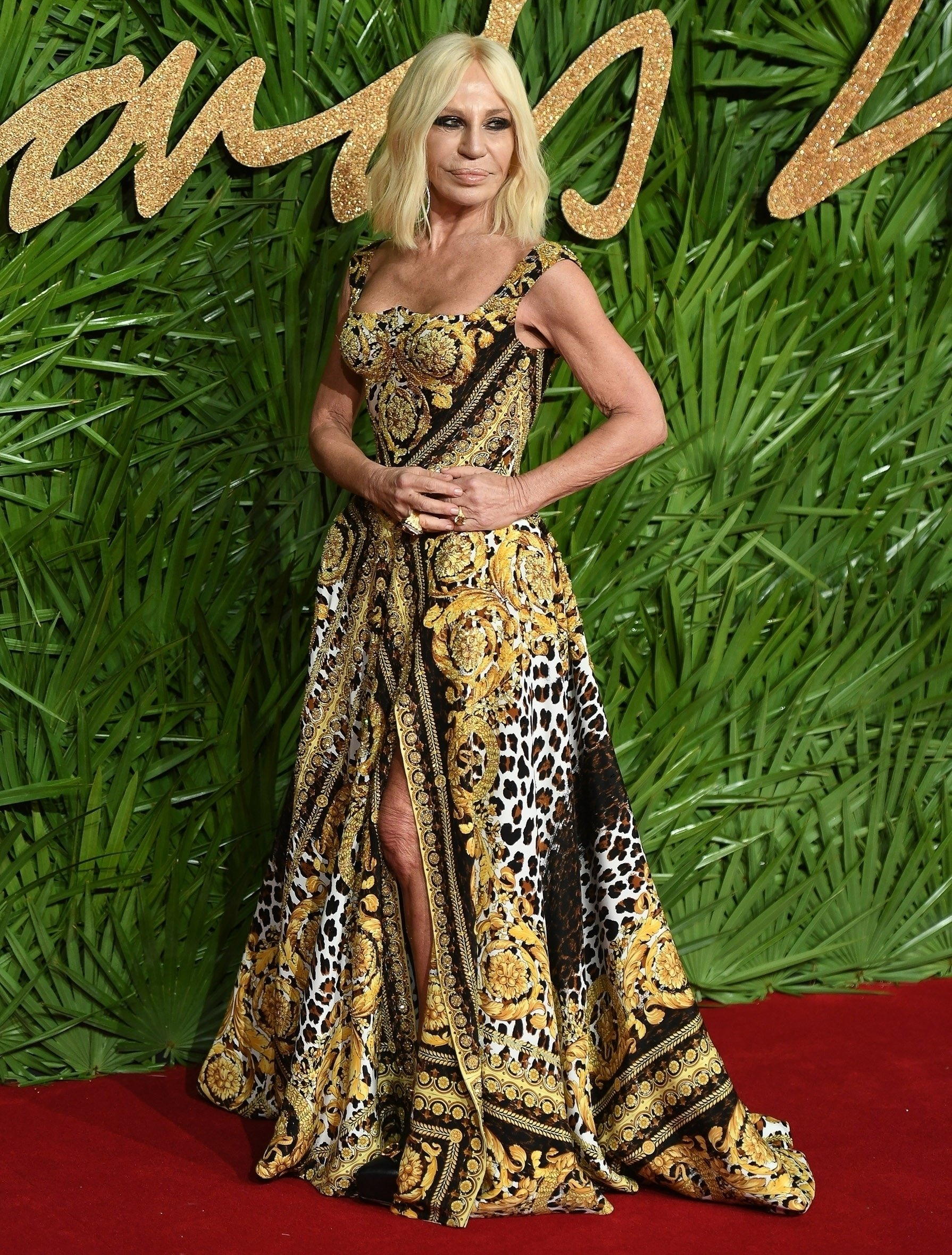 London, UNITED KINGDOM  - Celebrities are seen attending the 2017 Fashion Awards held at the Royal Albert Hall in London, UK.  Pictured: Donatella Versace  BACKGRID UK 4 DECEMBER 2017, Image: 357063763, License: Rights-managed, Restrictions: , Model Release: no, Credit line: Profimedia, Xposurephotos
