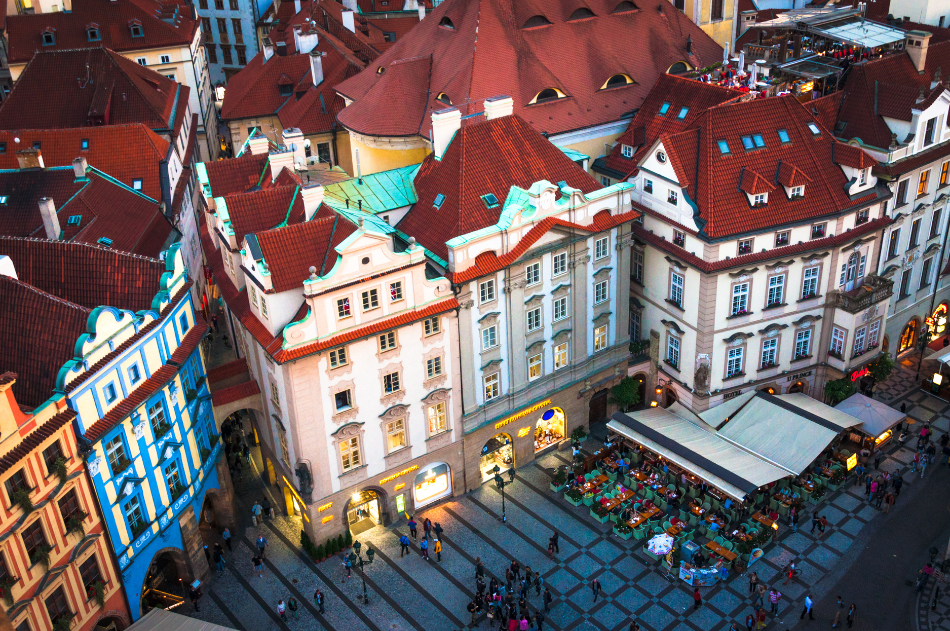 Downtown of Prague, The historical houses of the Main square