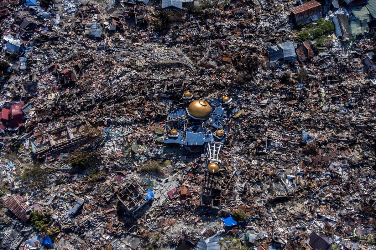 Snimka iz zraka. Grad Palu u Indoneziji nakon razornog potresa i tsunamija.