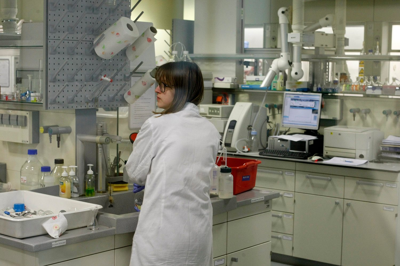 Laboratorij Plive, ilustracija
