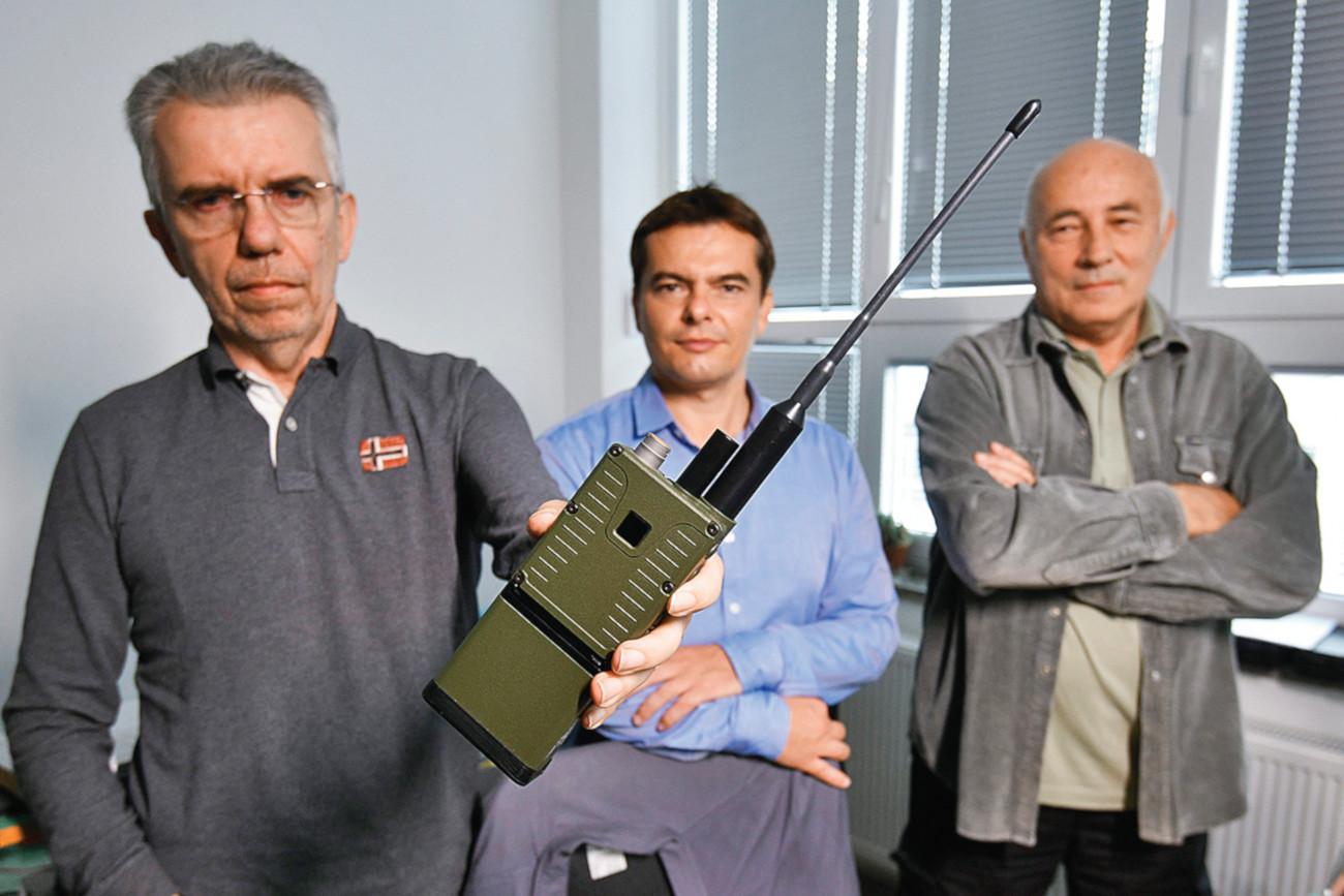 Slobodan Doderović, Robert Tomljanović i Boris Smiljanić, zaposlenici tvrtke RIZ