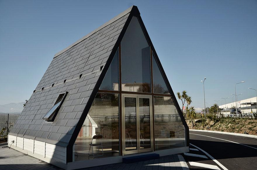 folding-innovative-house-six-hours-madi-home-5a154e5354a70__880