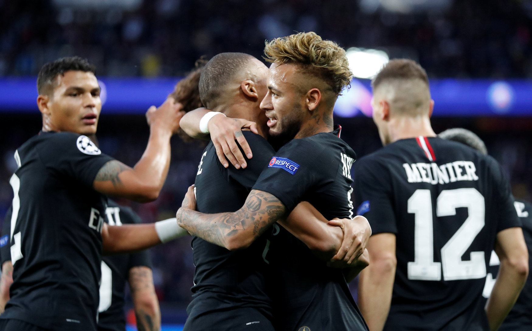 Soccer Football - Champions League - Group Stage - Group C - Paris St Germain v Crvena Zvezda - Parc des Princes, Paris, France - October 3, 2018  Paris St Germain's Neymar celebrates with Kylian Mbappe after scoring their second goal   REUTERS/Charles Platiau
