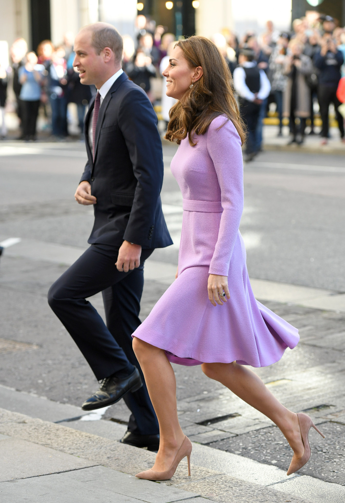 LONDON, ENGLAND - OCTOBER 09:  Prince William, Duke of Cambridge and Catherine, Duchess of Cambridge attend the Global Ministerial Mental Health Summit at London County Hall on October 9, 2018 in London, England.  (Photo by Karwai Tang/WireImage)