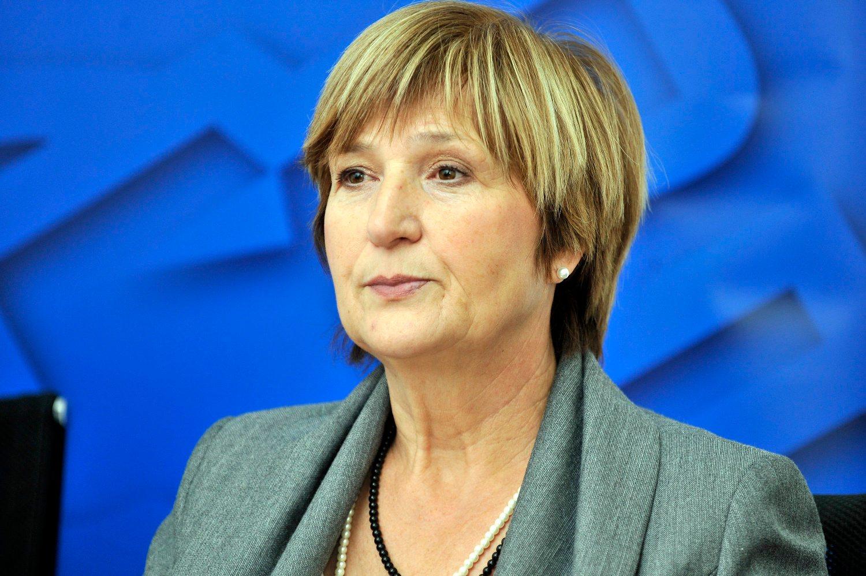Euractiv - Ruža Tomašić izborila pobjedu za hrvatske ribare u Europskom  parlamentu