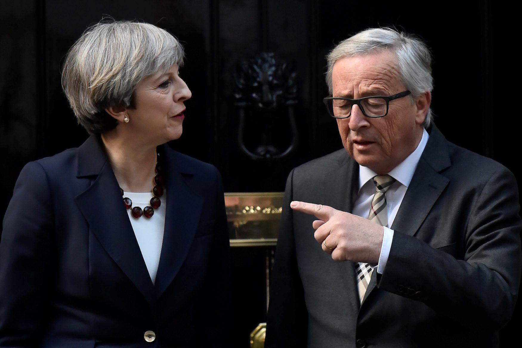 Britanska premijerka Theresa May i predsjednik EK Jean-Claude Juncker