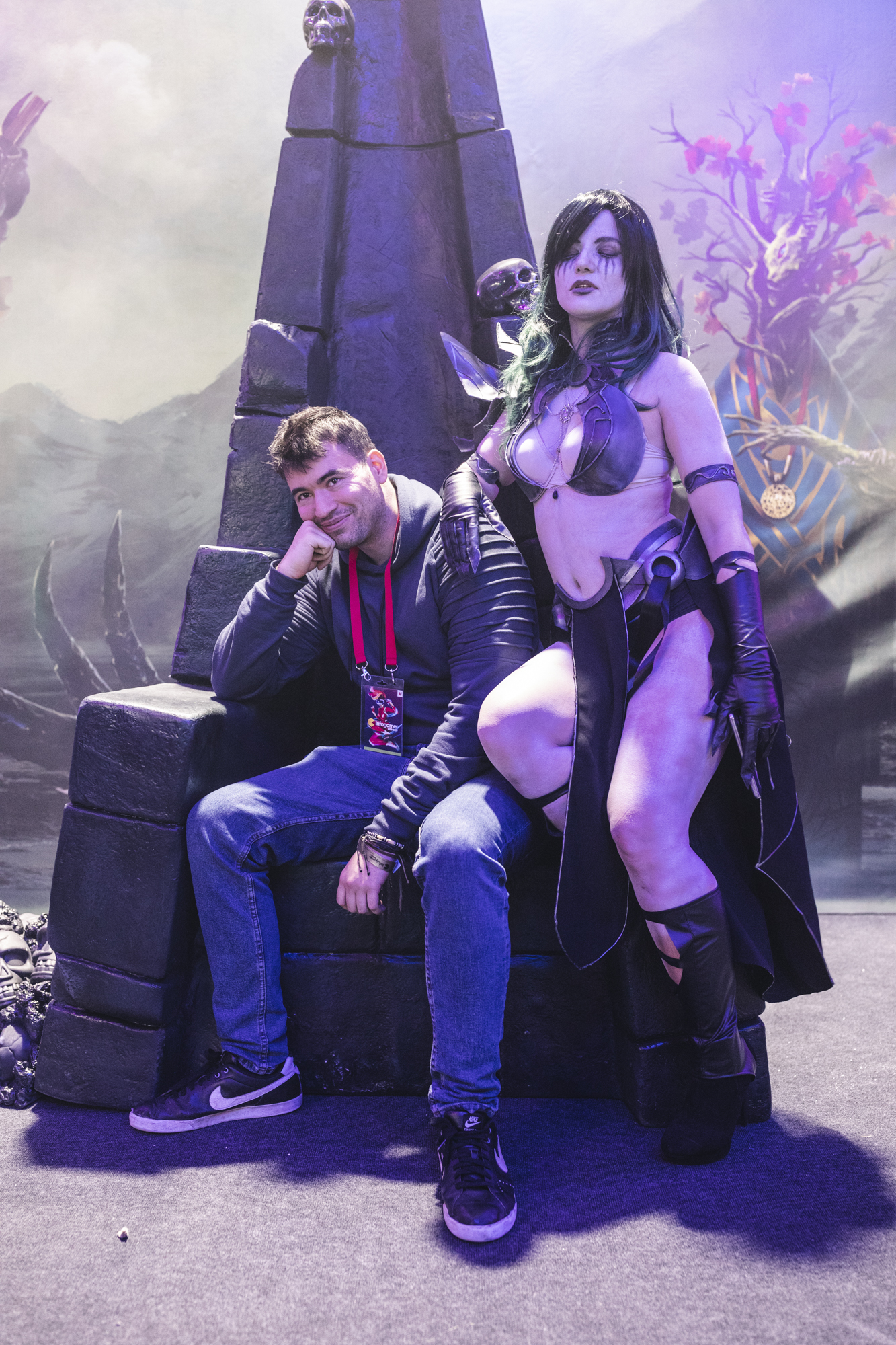 Danijel Matić i cosplayjerica iz igre Phageborn