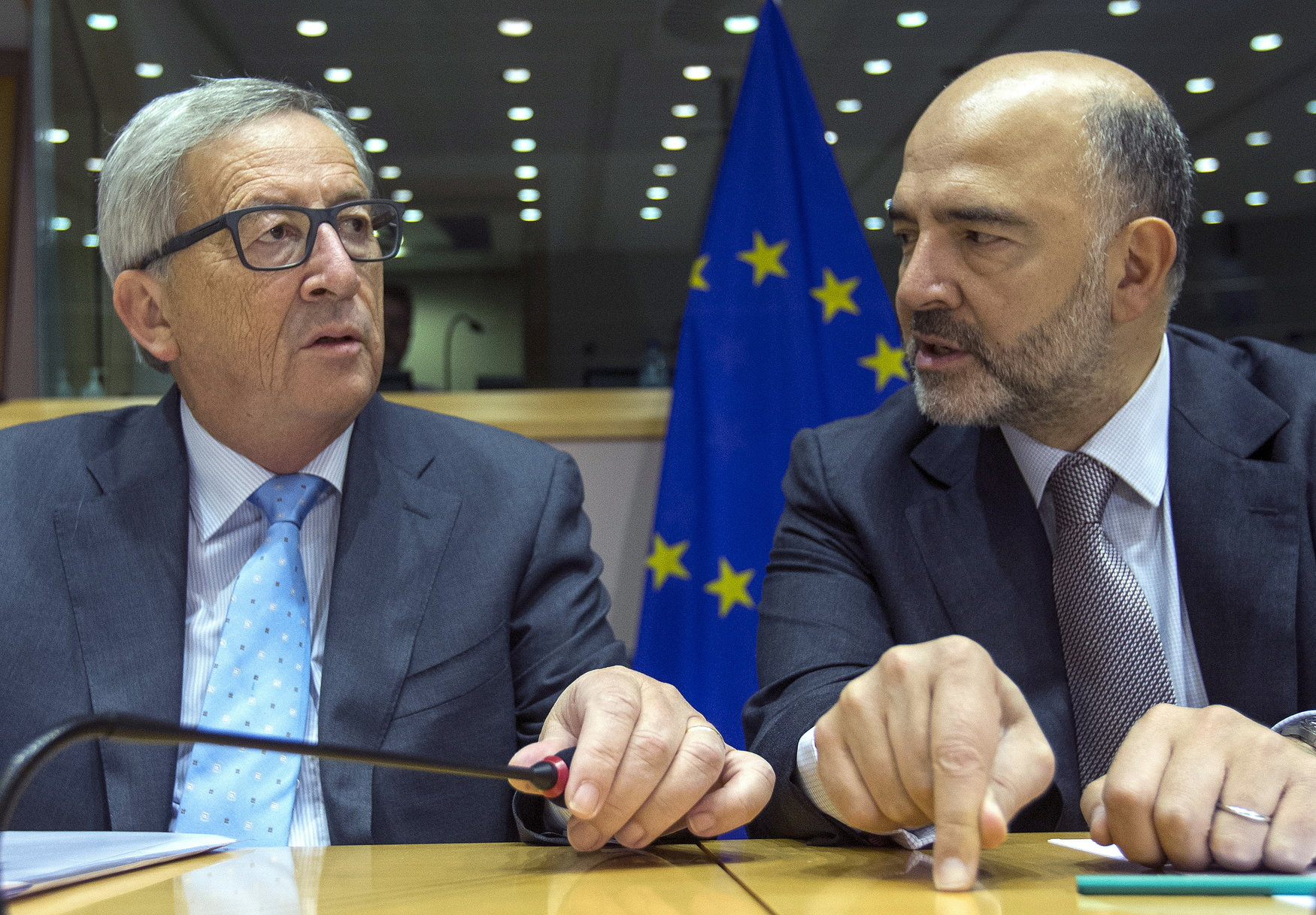 Jean-Claude Juncker i Pierre Moscovici