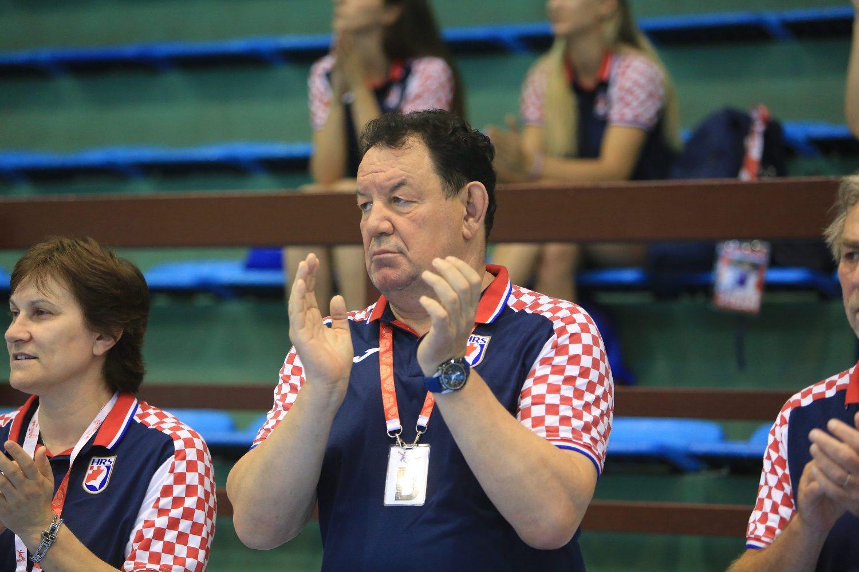 Vukovar, 020618.  Rukomet. Kvalifikacije za EP rukometasica u Francuskoj    izmedju Hrvatske i Ukrajine.  Na fotografiji: izbornik Nenad Sostaric. Foto: Vlado Kos / CROPIX