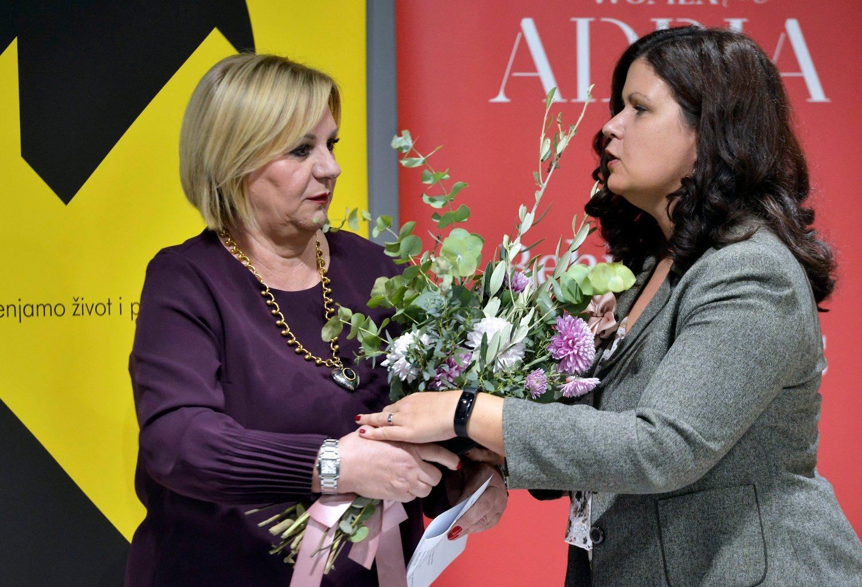 Ana Lisak (lijevo)