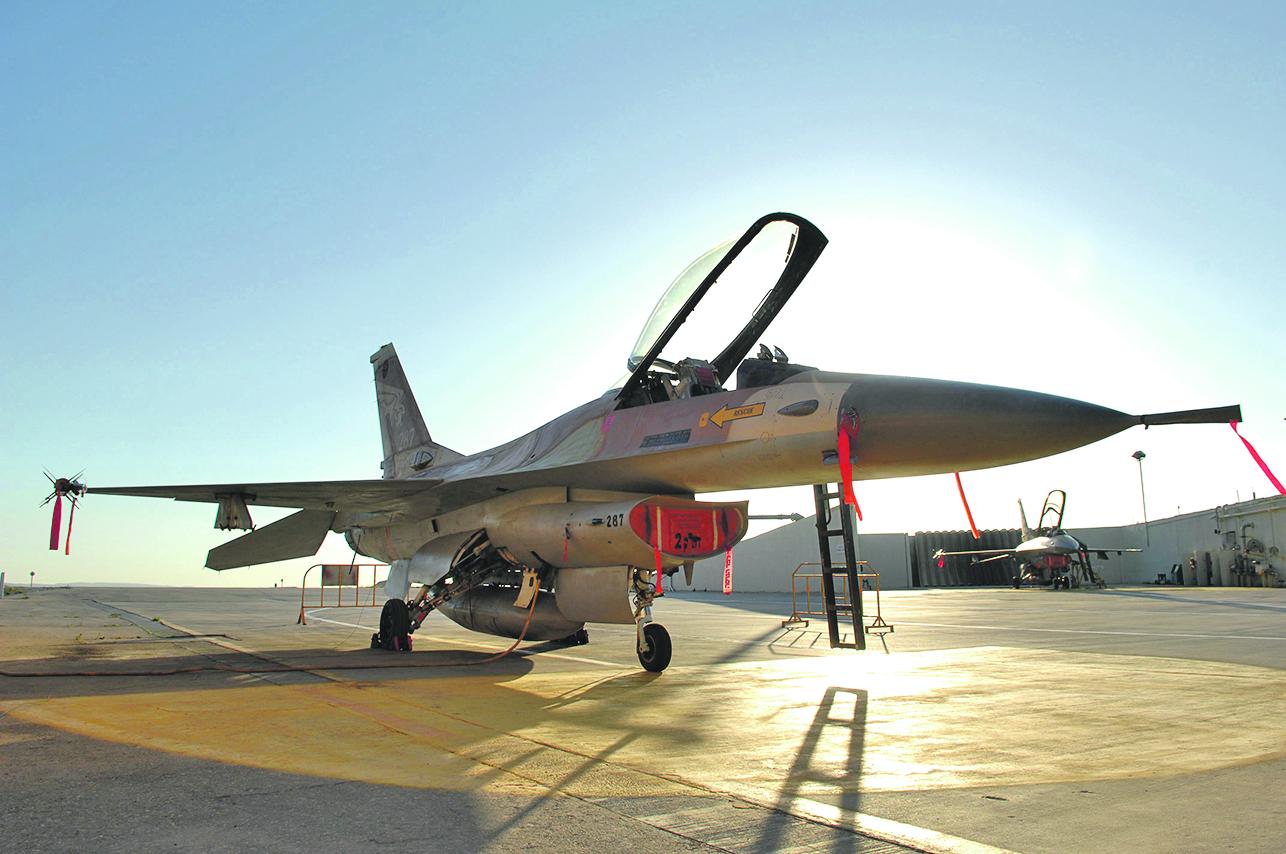 Izrael,060208 Zrakoplovna baza Nevatim - borbeni zrakoplov F-16, 156 eskadila Izraelskog ratnog zrakoplovstva Foto:Tom Dubravec / CROPIX