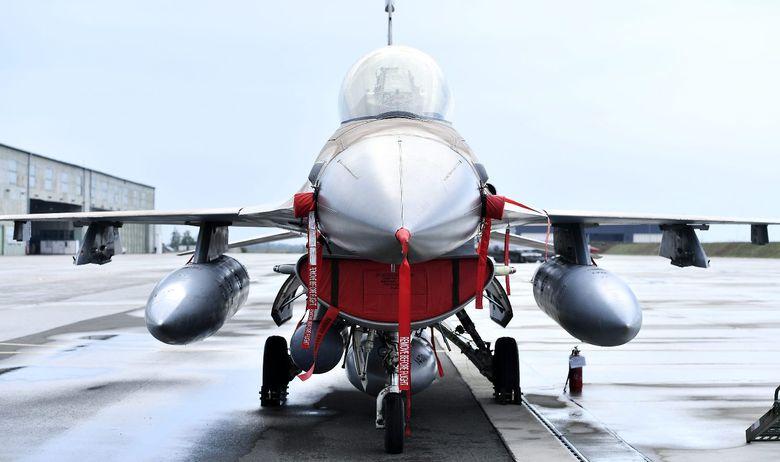 Israel F-16 C/D Block 30 BARAK jet