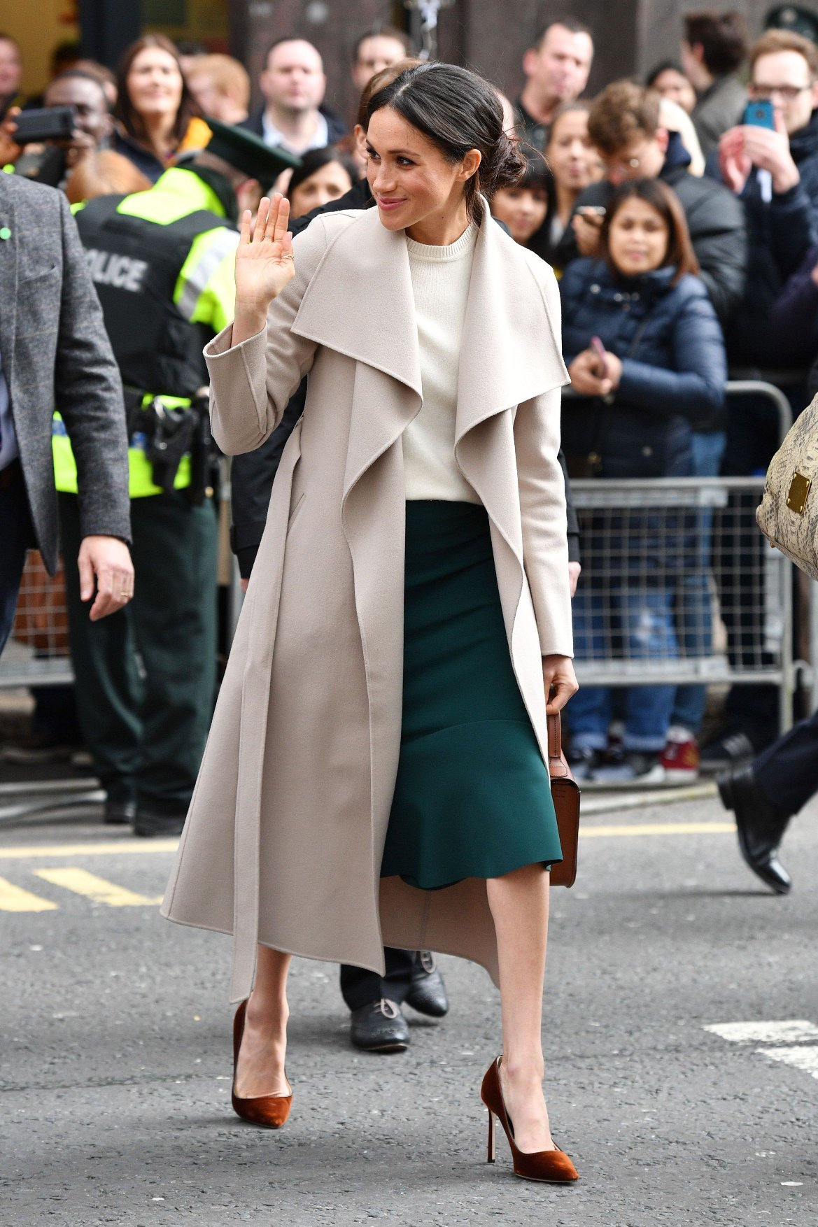 March 24, 2018 - Belfast, United Kingdom - Image licensed to i-Images Picture Agency. 23/03/2018. Lisburn United Kingdom. Prince Harry and Meghan Markle on a walkabout in Belfast ,Northern Ireland , United Kingdom., Image: 366831304, License: Rights-managed, Restrictions: * China, France, Italy, Spain, Taiwan and UK Rights OUT *, Model Release: no, Credit line: Profimedia, Zuma Press - Entertaiment