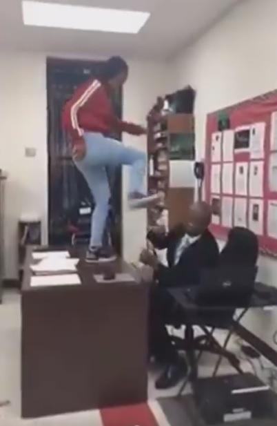 zlostavljanje profesora