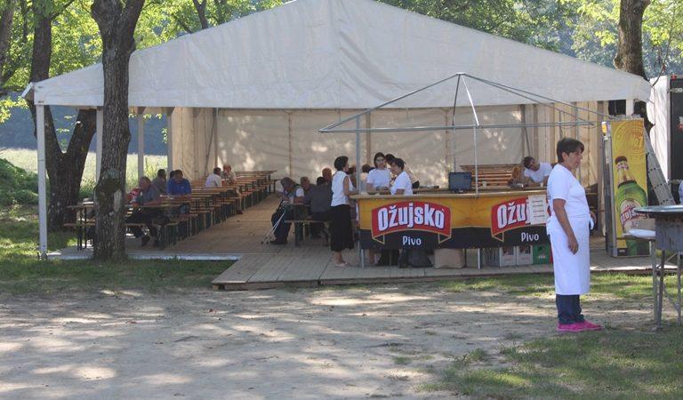 Šator gdje se dogodio incident