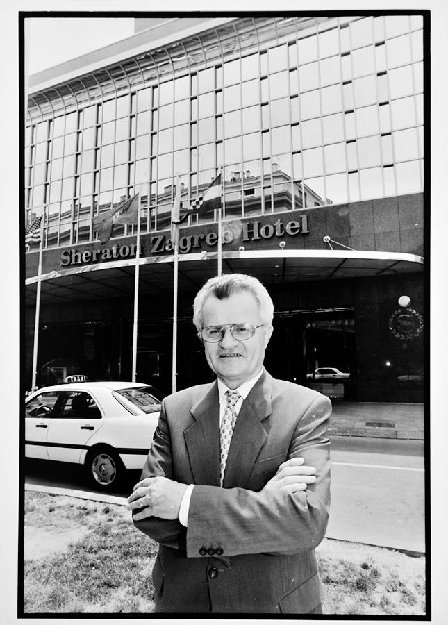 Zagreb, 160613. Andjelko Leko, predsjednik uprave HUP Zagreb, fotografiran u hotelu Sheraton. Foto: Boris Kovacev / CROPIX