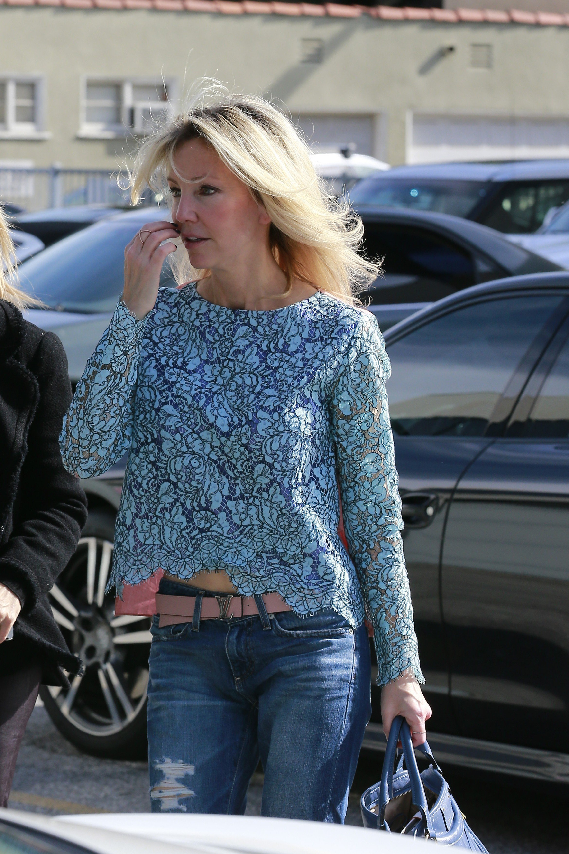 112359, LOS ANGELES, CALIFORNIA - Friday January 31, 2014. A makeup-free Heather Locklear does some shopping at XIV Karats in Los Angeles., Image: 183413264, License: Rights-managed, Restrictions: , Model Release: no, Credit line: Profimedia, Pacific coast news