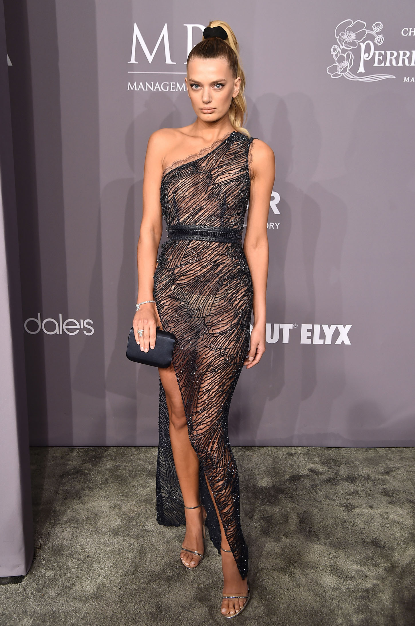 NEW YORK, NY - FEBRUARY 07:  Model Bregje Heinen attends the 2018 amfAR Gala New York at Cipriani Wall Street on February 7, 2018 in New York City.  (Photo by Theo Wargo/Getty Images)