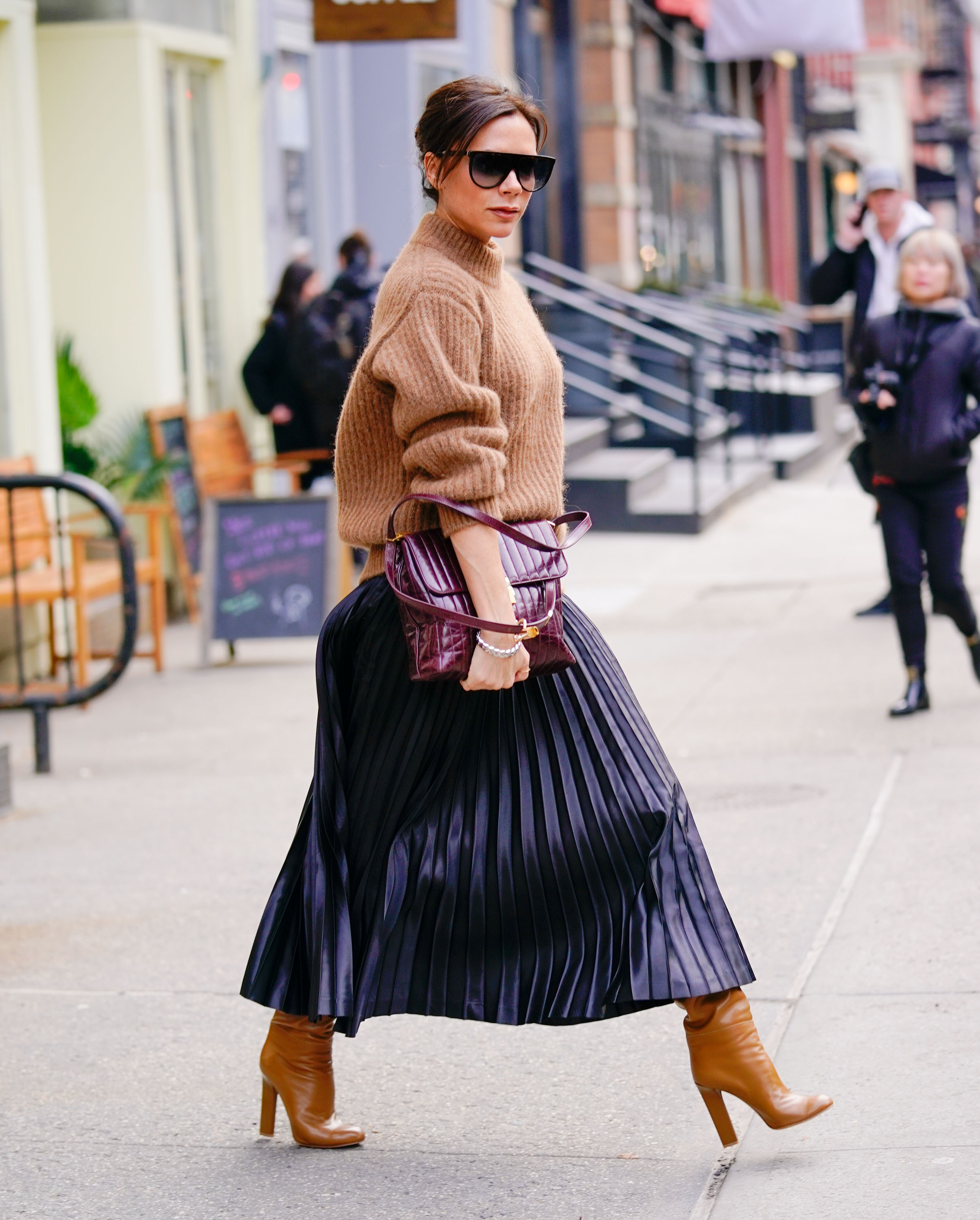 Victoria Beckham gives a look over when out and about shopping in Soho, NY <P> Pictured: Victoria Beckham <B>Ref: SPL1655126  060218  </B><BR/> Picture by: Jackson Lee  / Splash News<BR/> </P><P> <B>Splash News and Pictures</B><BR/> Los Angeles:310-821-2666<BR/> New York:212-619-2666<BR/> London:870-934-2666<BR/> <span id=