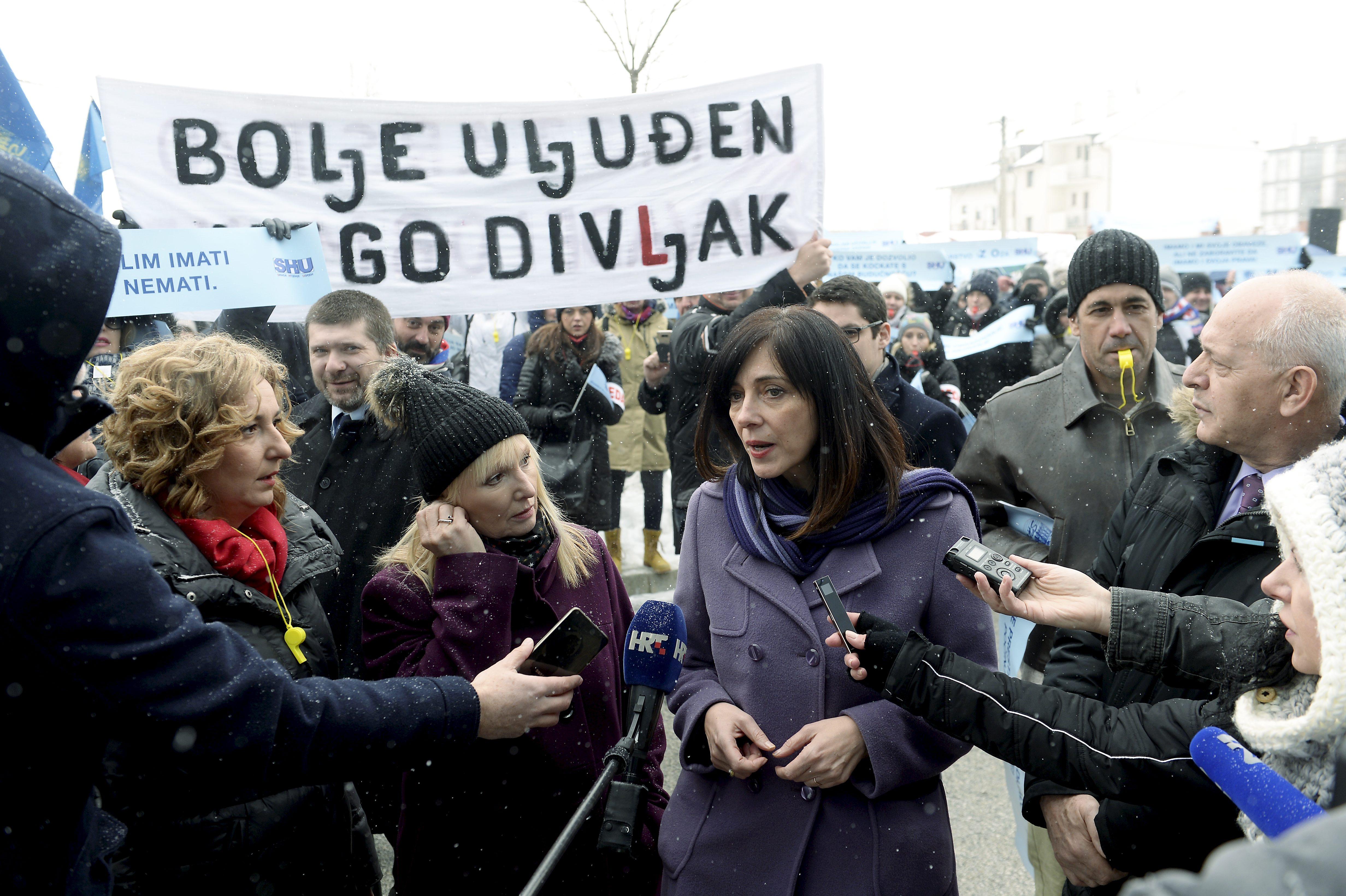 prosvjed_ucitelji12-010318