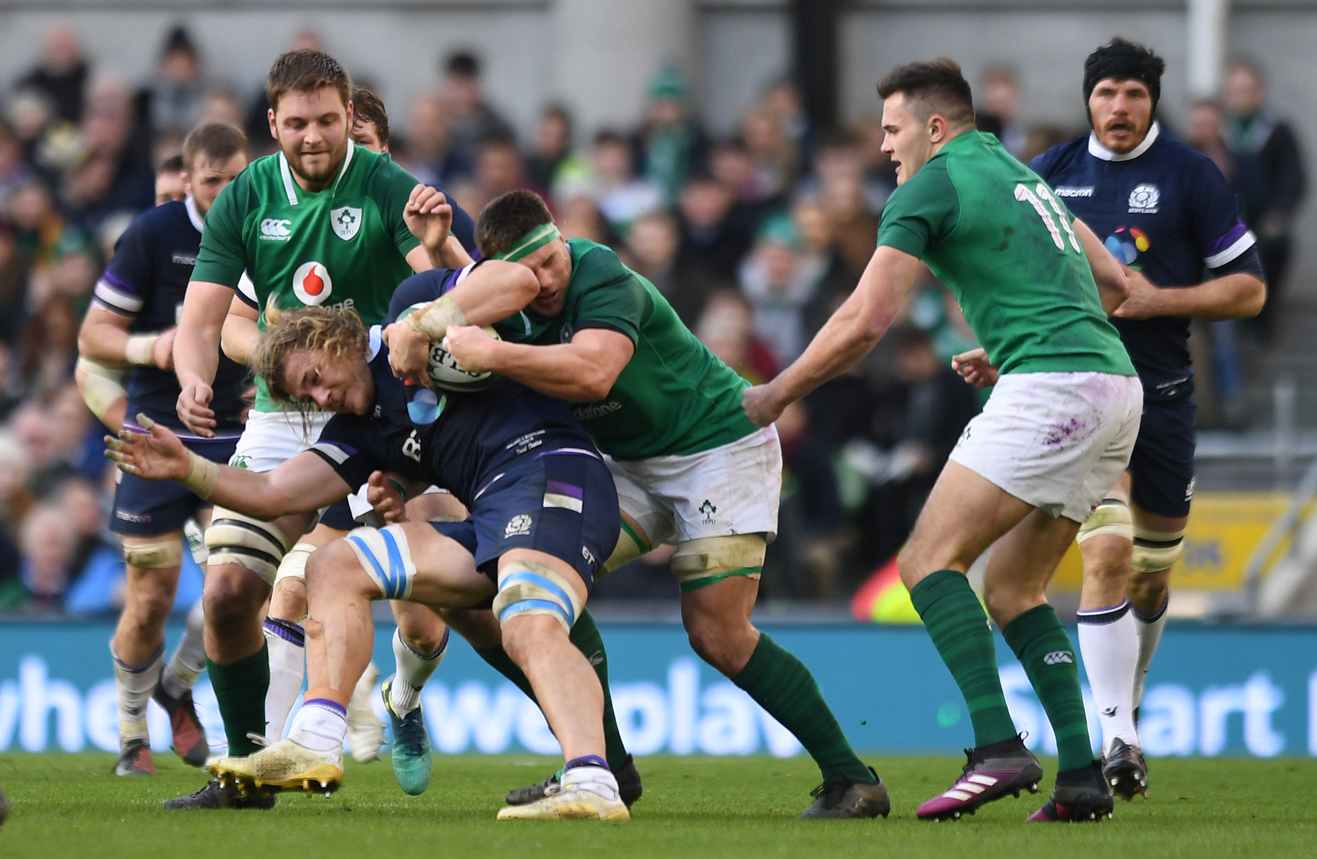 2018-03-10T161417Z_1099898265_RC1FCB2FE0F0_RTRMADP_3_RUGBY-UNION-NATIONS-IRL-SCO