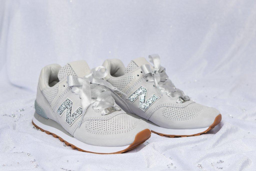 New-Balance-Swarovski-Crystal-Sneakers (1)