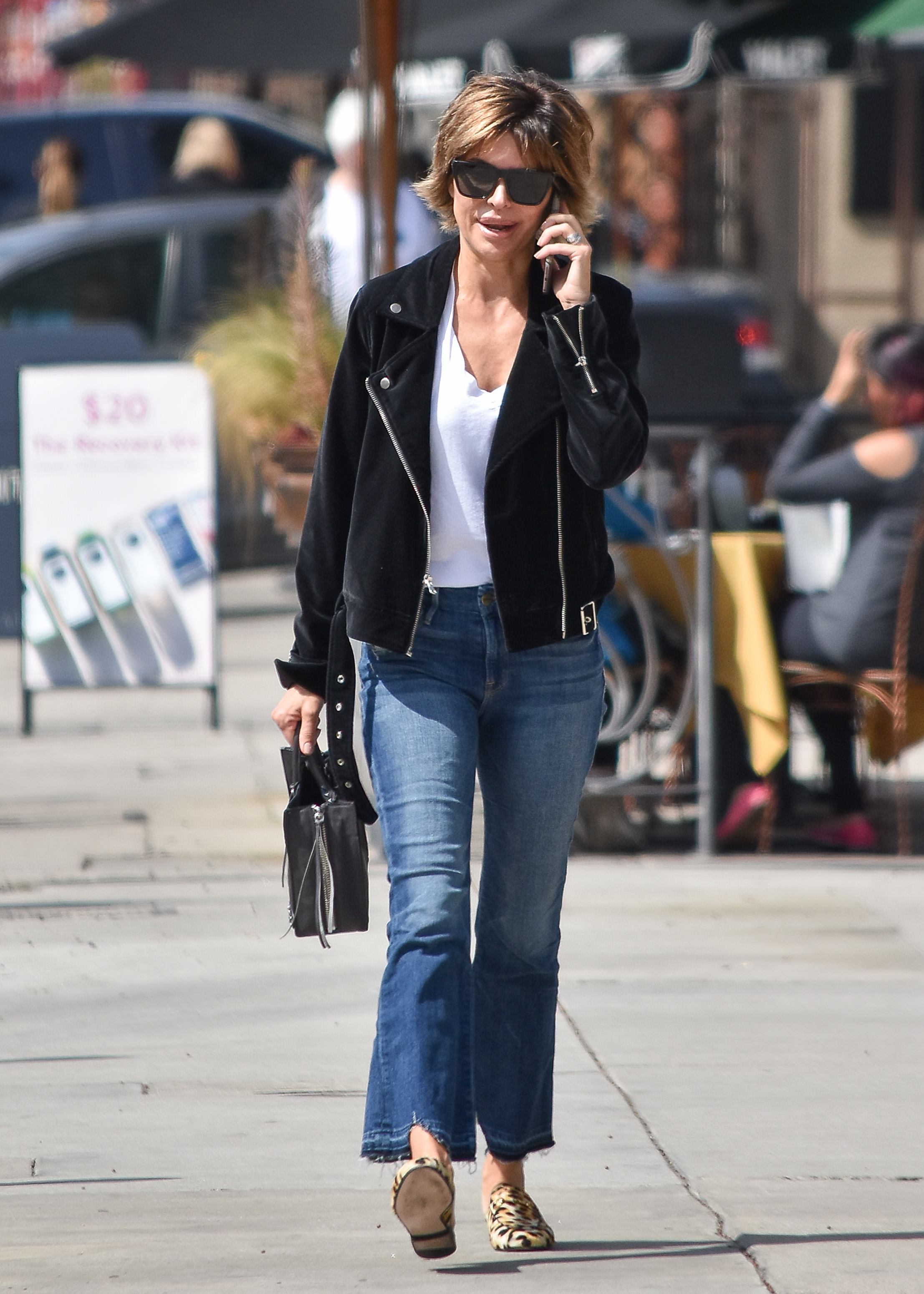Lisa Rinna spotted out and about in Los Angeles <P> Pictured: Lisa Rinna <B>Ref: SPL1669742  100318  </B><BR/> Picture by: BG015/Bauer Griffin LLC<BR/> </P><P>