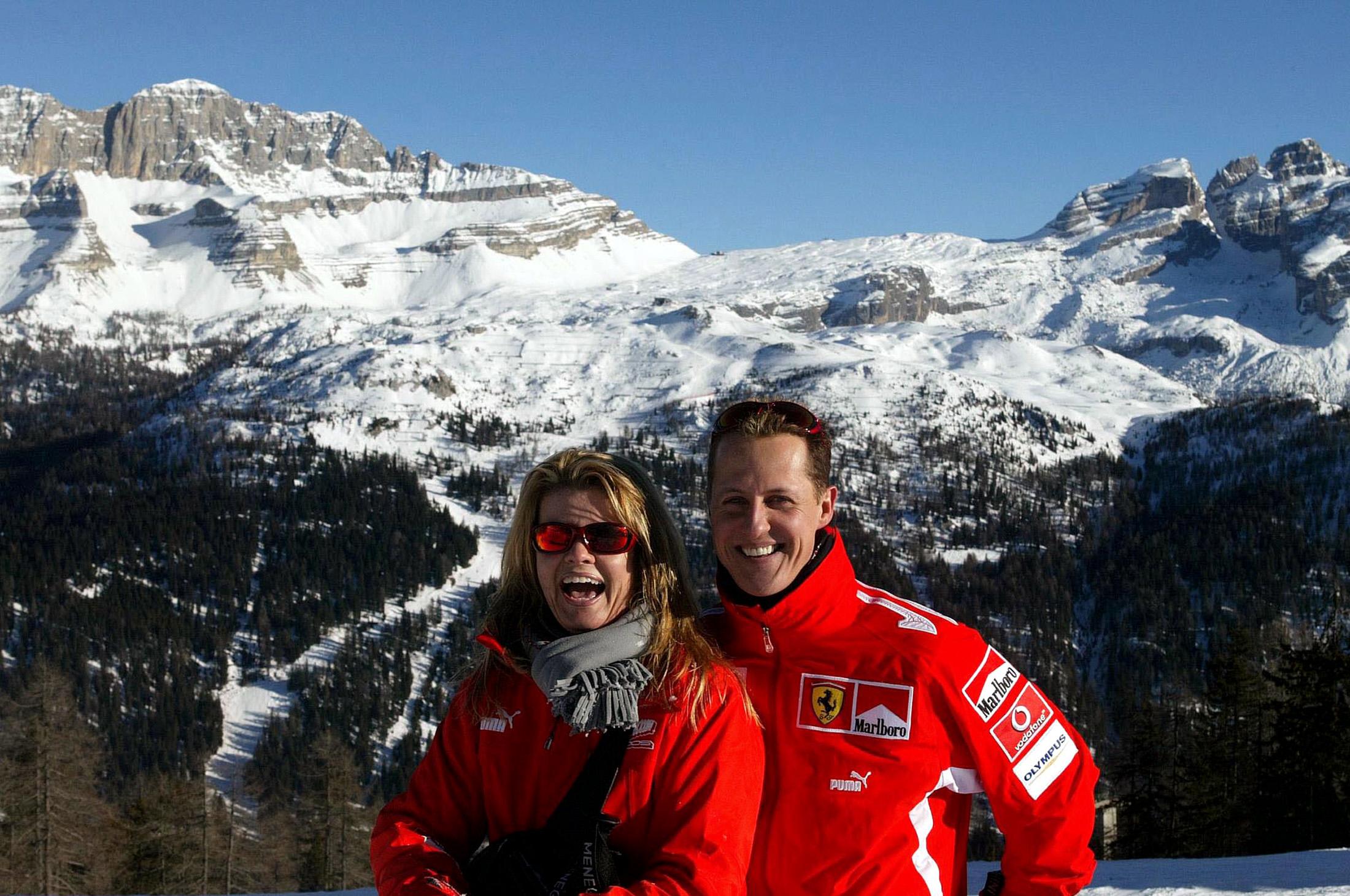 Arhivska fotografija iz 2005. godine: Michael Schumacher sa suprugom Corinnom